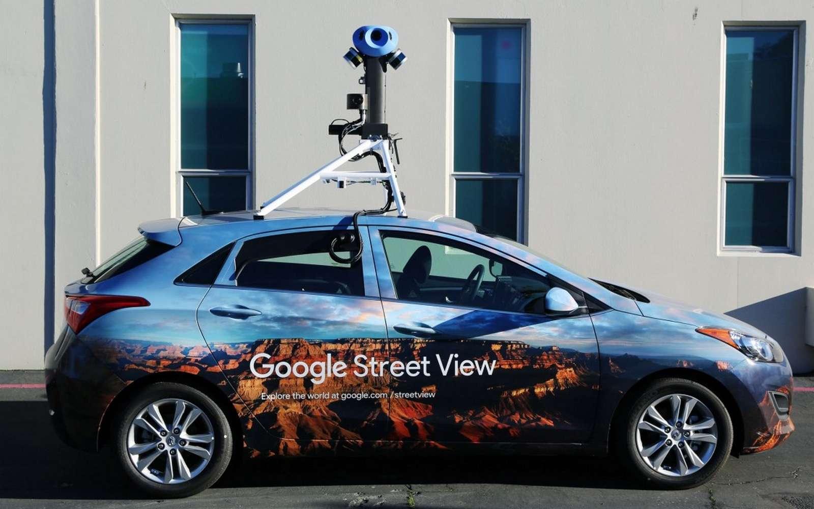 Le nouveau dispositif de capture d'images monté sur les voitures de Google Street View comporte huit caméras. © Google, Wired