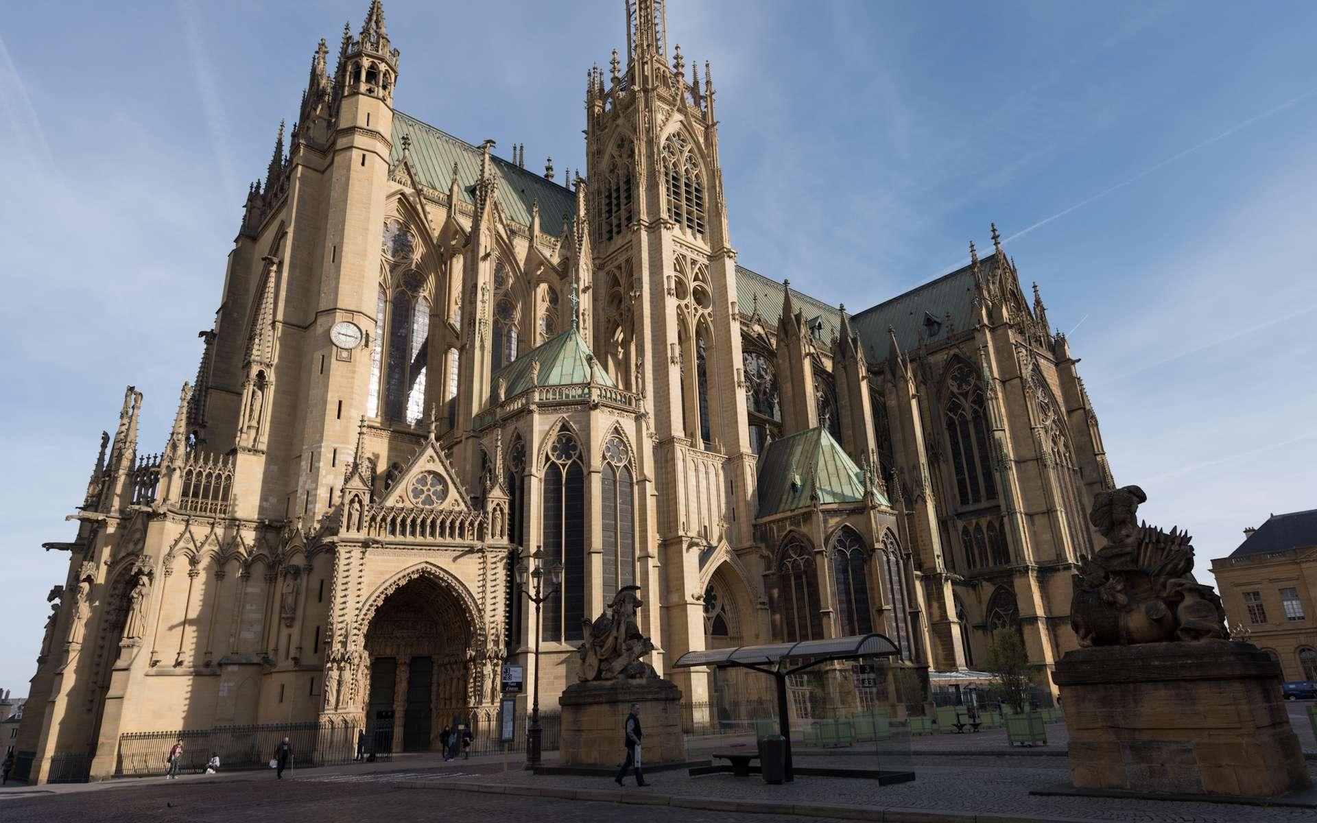 La cathédrale Saint-Étienne de Metz dans le département de la Moselle est le monument le plus visité de la ville. © Bruce Critelli, Flickr
