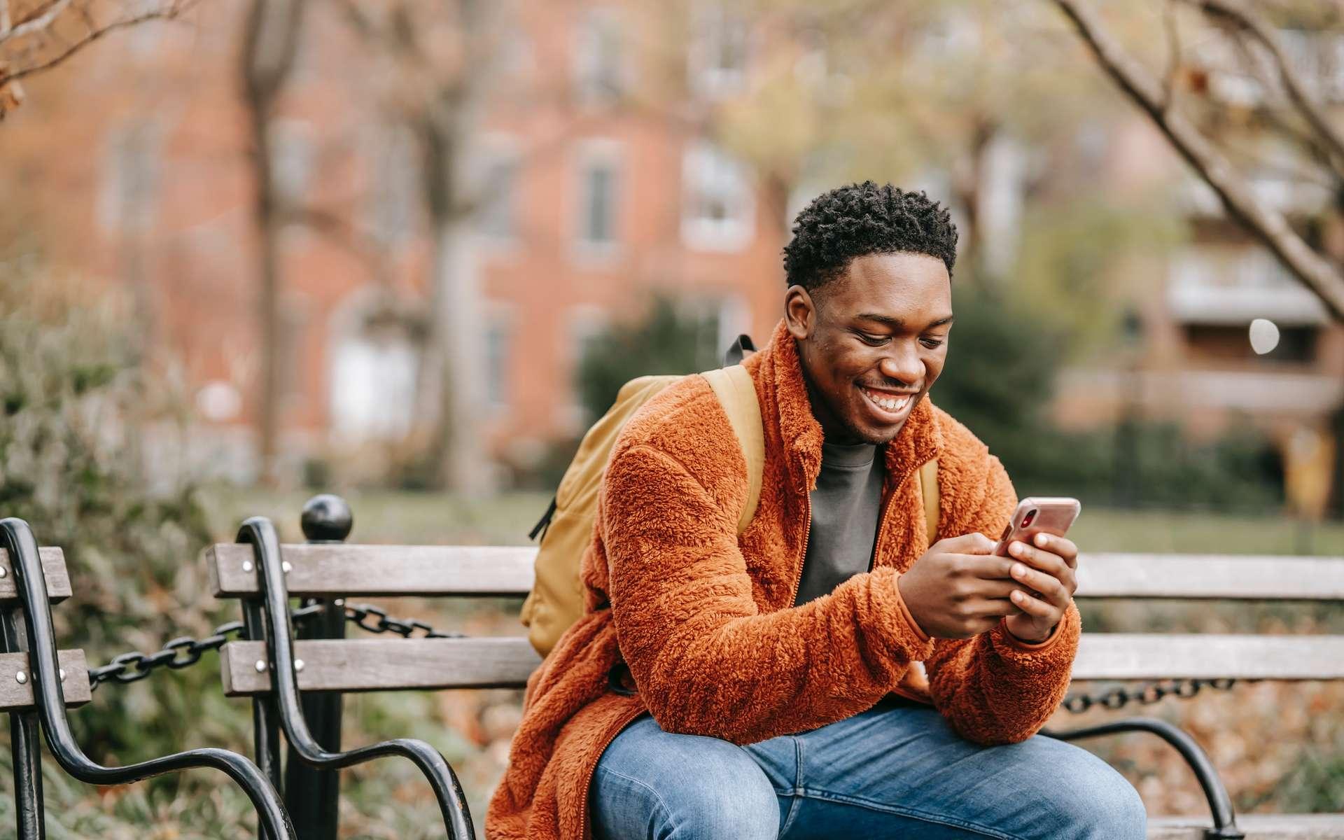 Le forfait 30 Go à 9,99 €/mois de La Poste Mobile fait son come-back © Keira Burton, Pexels