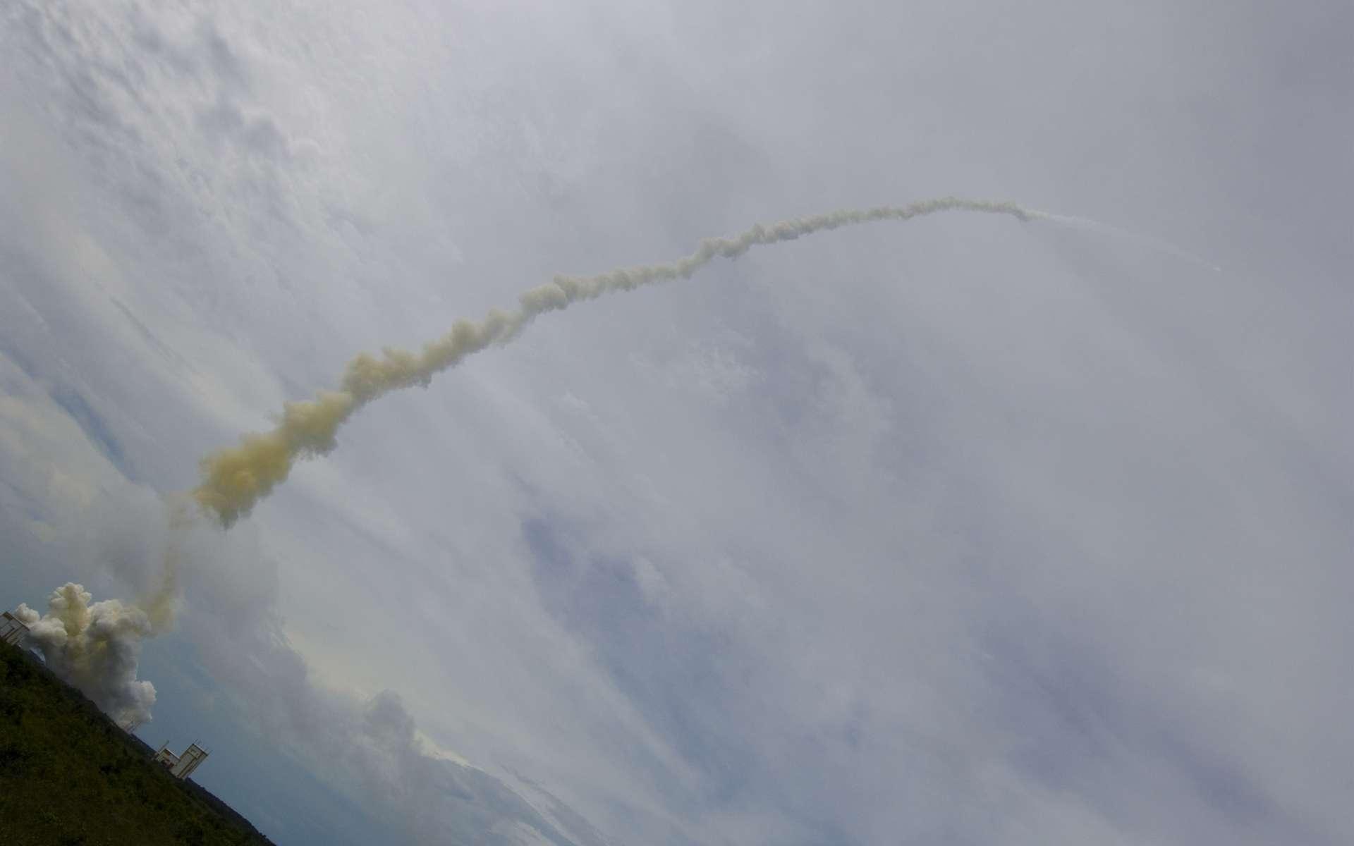 Avec ce lancement, Arianespace prouve une nouvelle fois la maturité de son lanceur prémium qui doit envoyer plus de 10.100 tonnes ! Une performance remarquable pour ce dernier conçu pour tout juste 10 tonnes. © S.Corvaja, Esa, Cnes, Arianespace