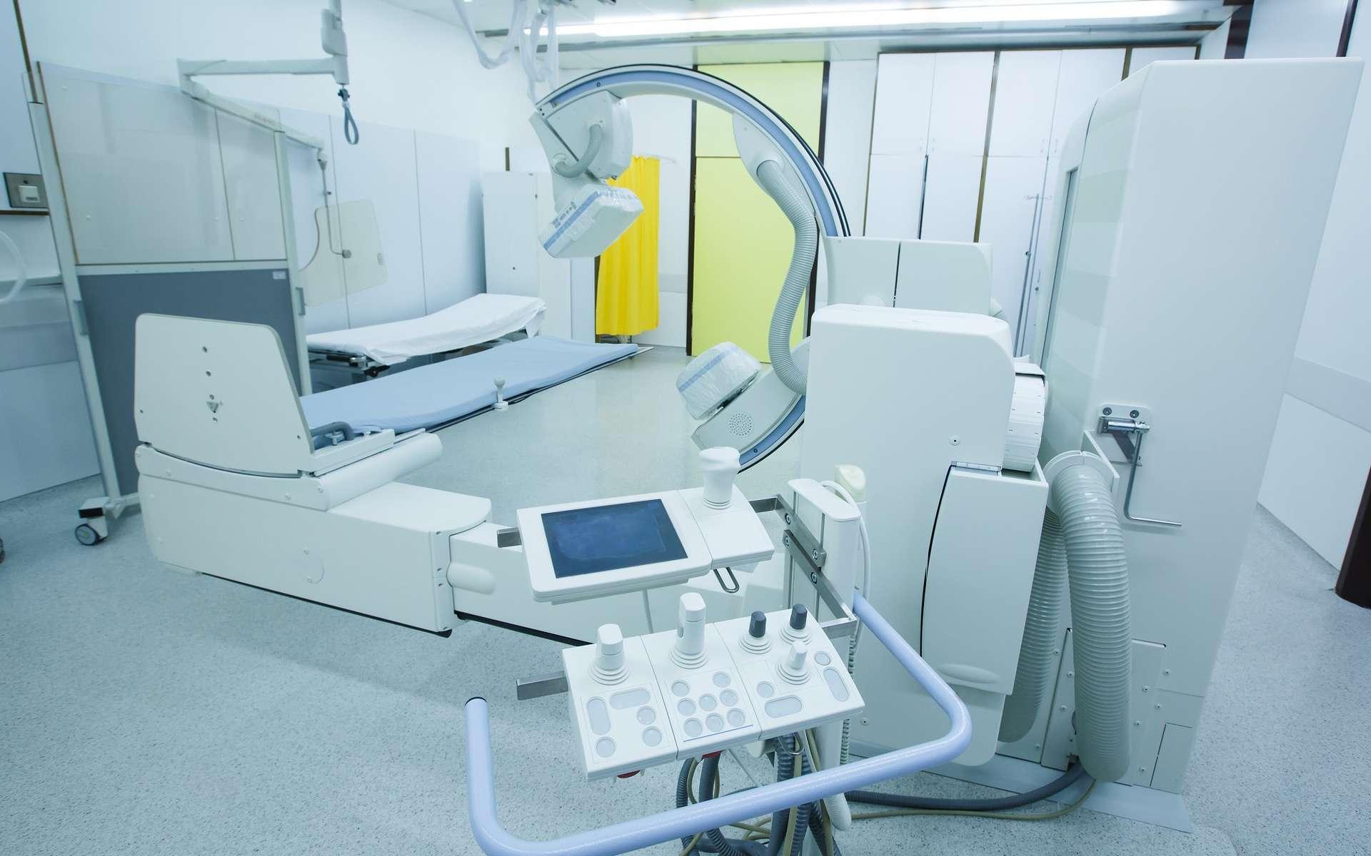 L'essor de l'intelligence artificielle va considérablement développer le secteur de l'imagerie médicale et faire apparaître de nouvelles innovations technologiques. © zlikovec, Adobe Stock.
