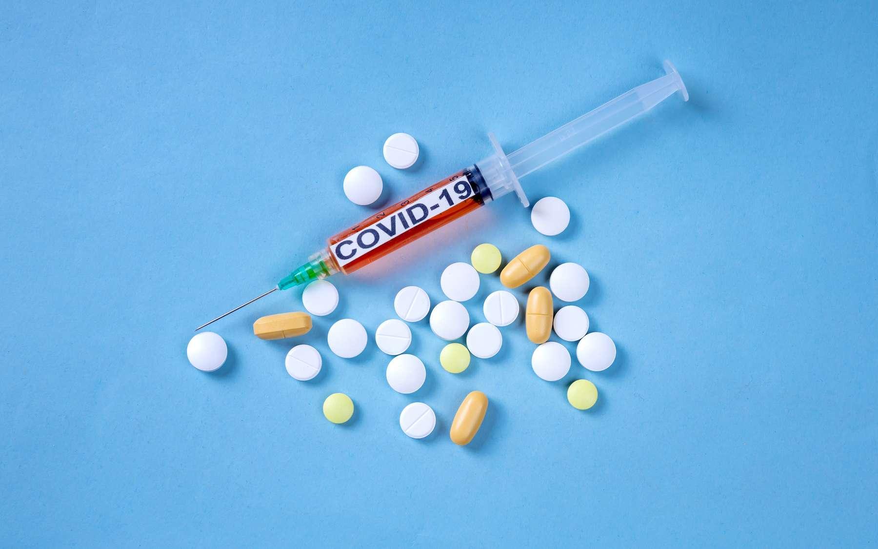 Cent-quinze traitements différents ont été testés contre la Covid-19. © Teran, Adobe Stock