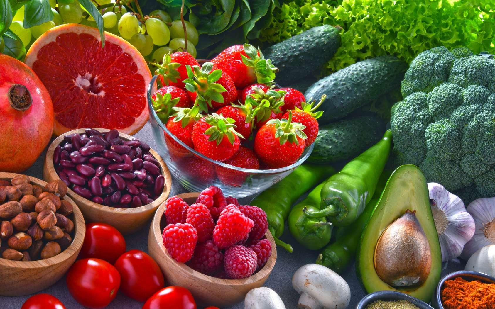 Fruits, légumes et curcuma... des aliments qui peuvent aider contre les inflammations. © Monticellllo, Fotolia