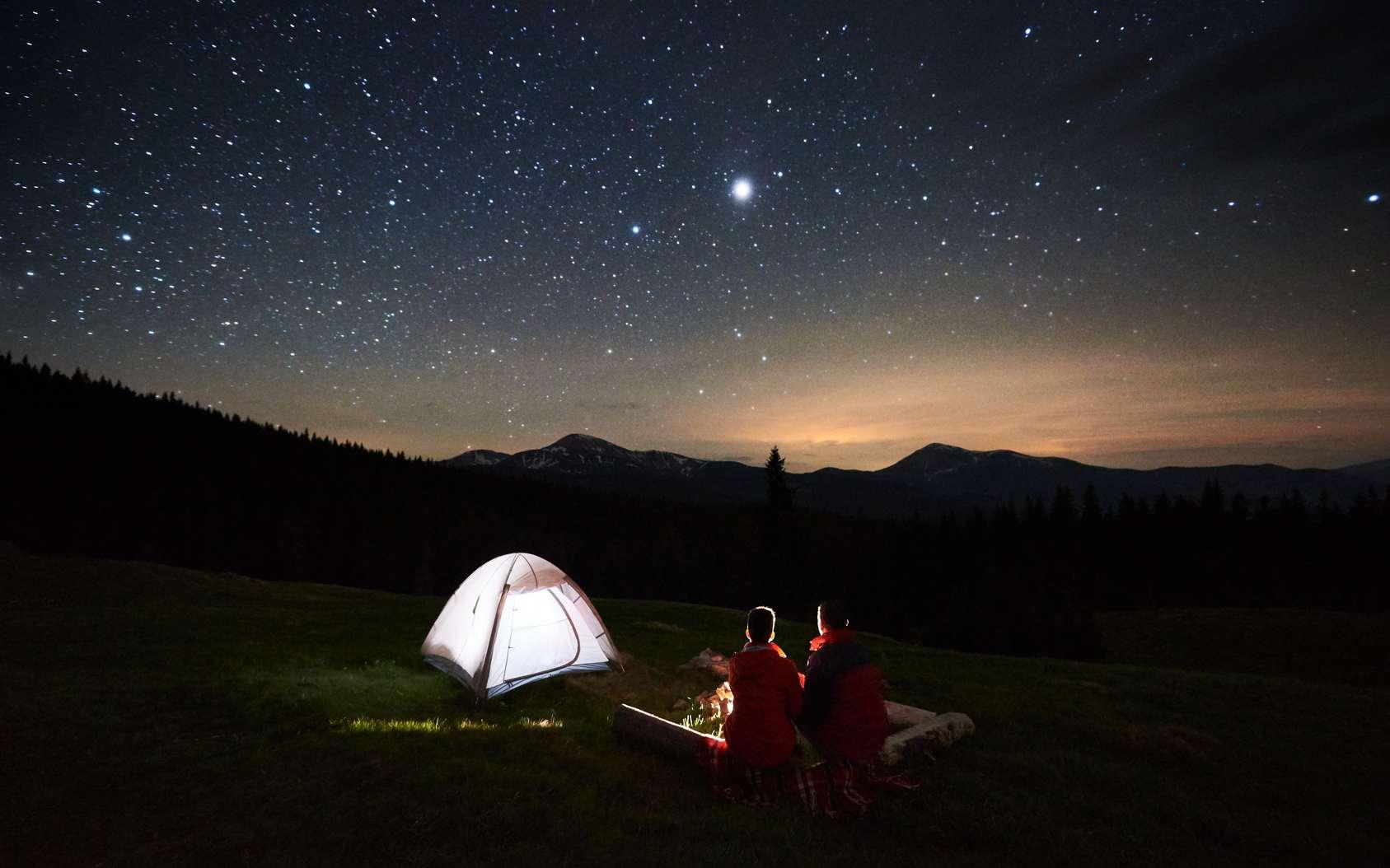 5 planètes sont visibles à l'œil nu cet été et une éclipse de Lune le 27 juillet. © anatoliy_gleb, fotolia