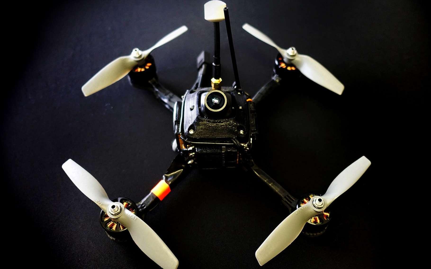 RacerX est le drone le plus rapide du monde. © Drone Racing League