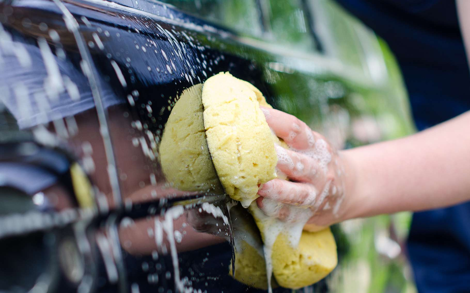 Laver sa voiture écologiquement, un miracle ? © Dmitri Ma, Shutterstock