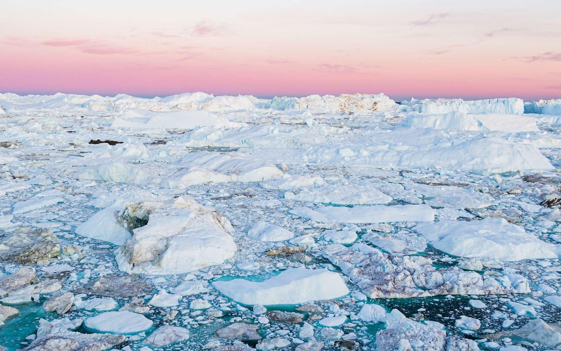 L'inlandsis du Groenland fond inexorablement. © Maridav, Adobe Stock