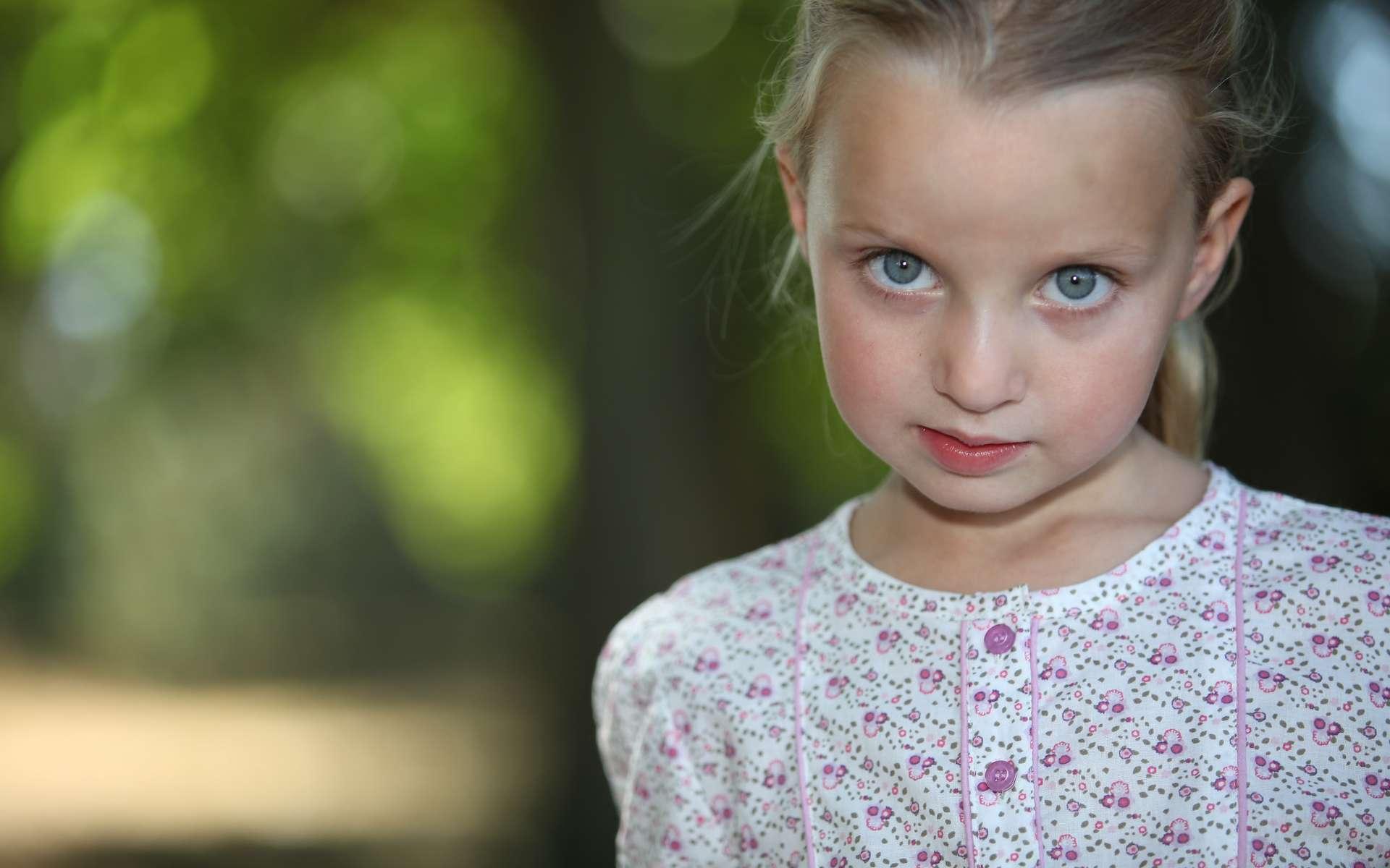 Le bégaiement débute parfois dès l'âge de 3-4 ans. Le stress peut jouer sur ce trouble du langage. © Phovoir