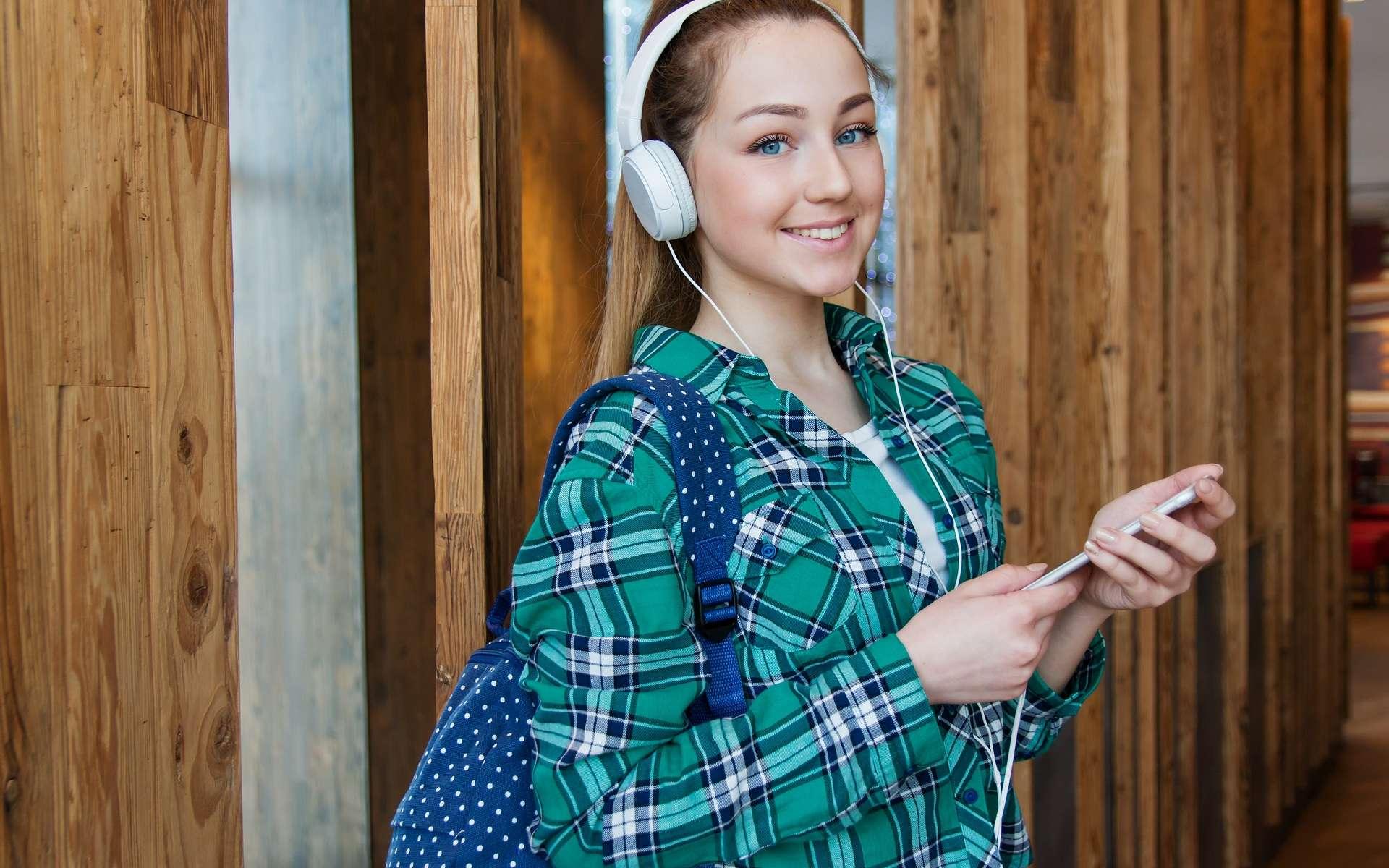 Cdiscount Mobile casse les prix à l'occasion des French Days © Anastasia Gepp, Pixabay