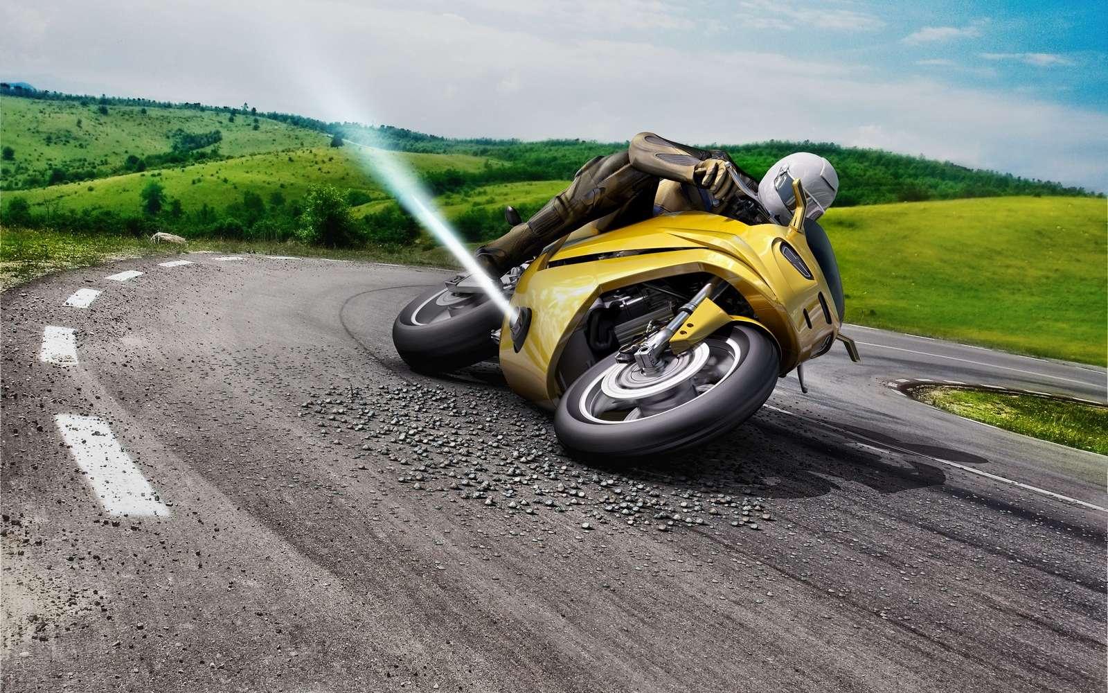 Bosch travaille sur un système censé empêcher les glissades latérales à moto. © Bosch