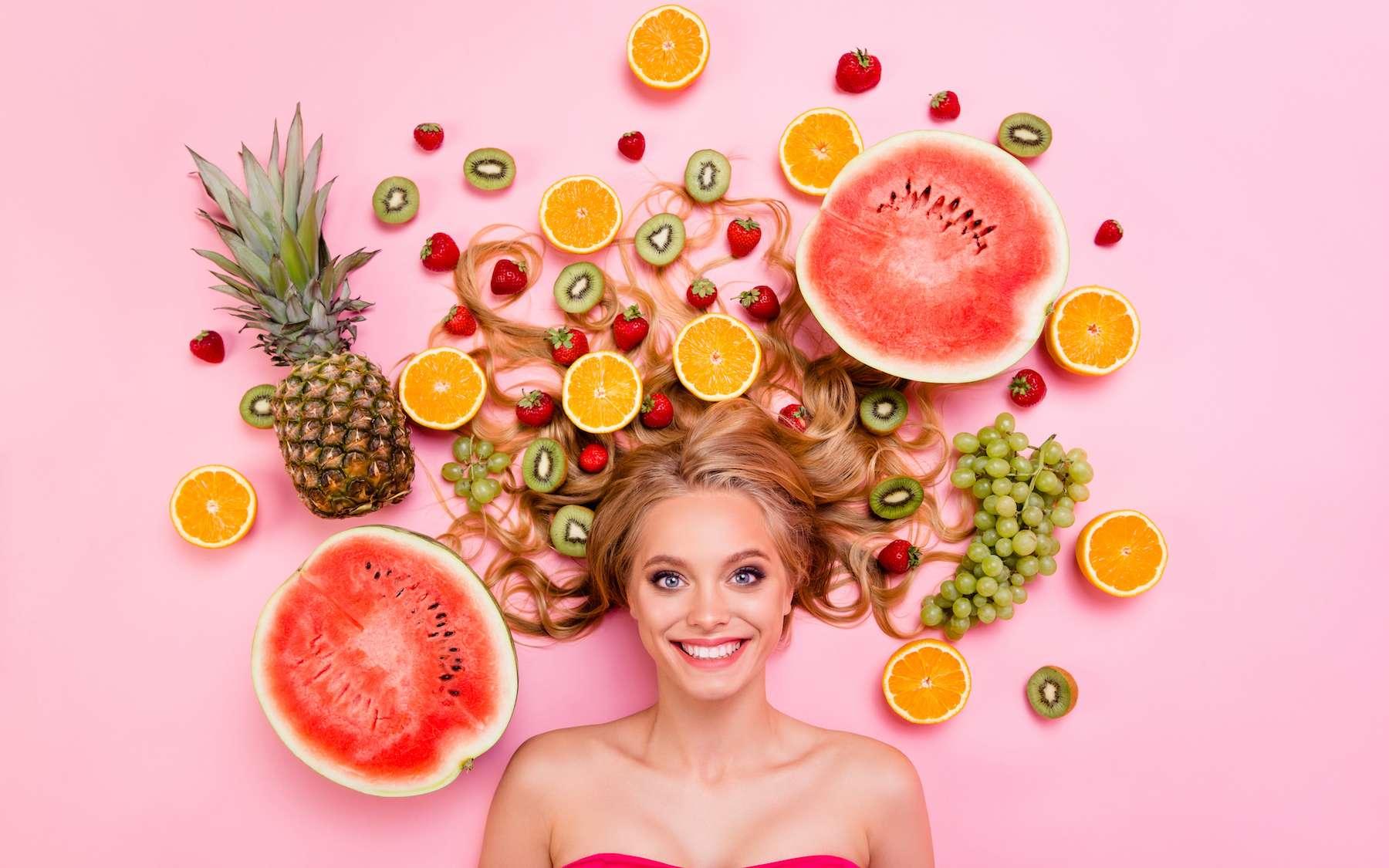 Les cheveux contiennent la « signature » de notre alimentation. © deagreezn, Adobe Stock