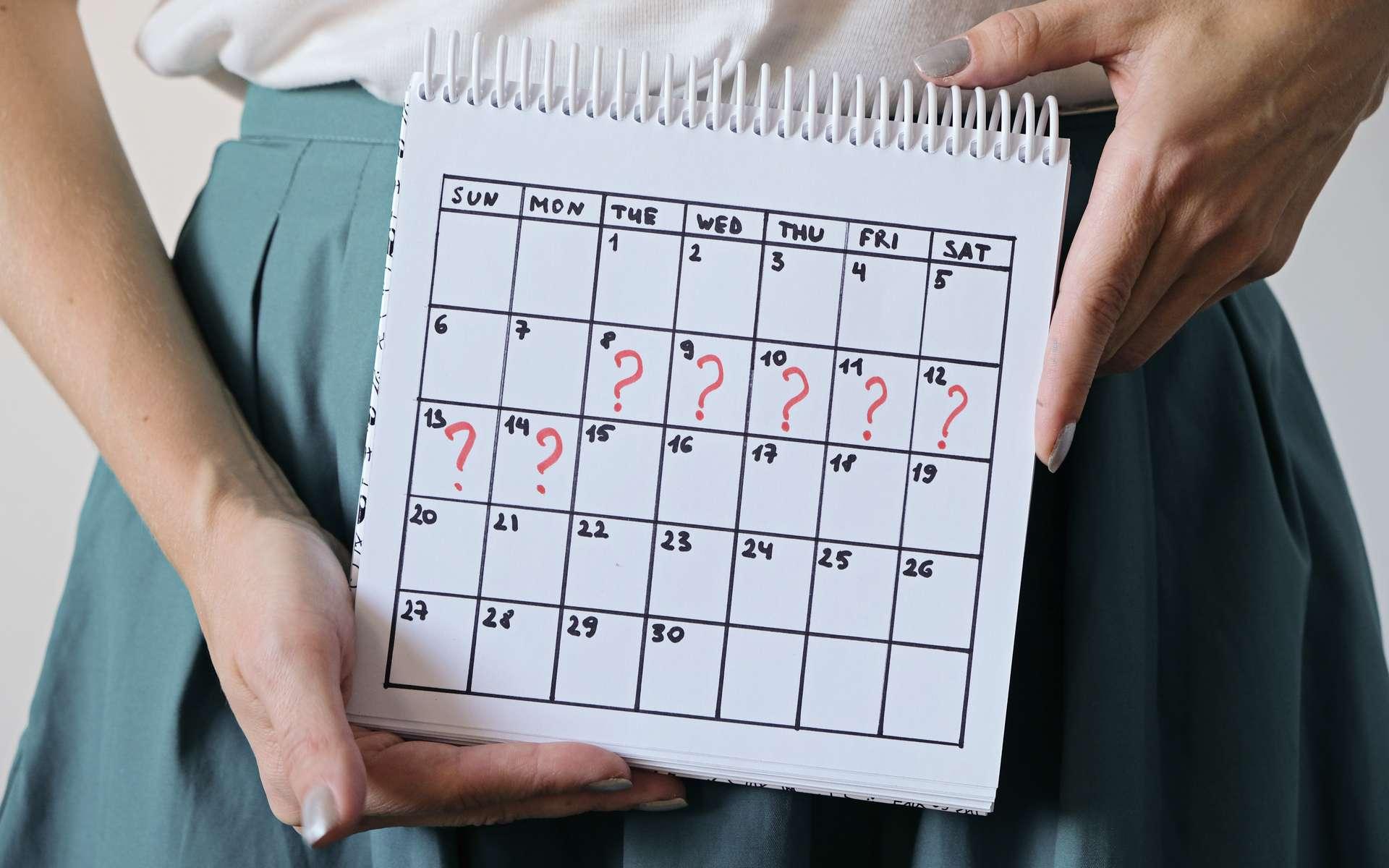 Les femmes qui ont un cycle menstruel irrégulier et plus long que la moyenne serait plus à risque de mourir prématurément (avant 70 ans). © natus111, Adobe Stock