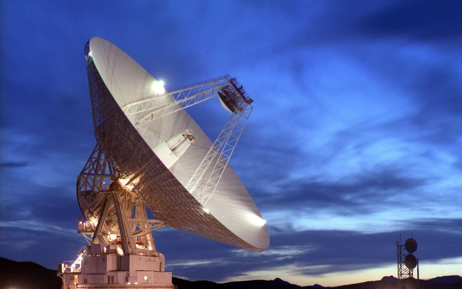 L'antenne de Goldstone en Californie fait partie du réseau de surveillance radar des astéroïdes. © Nasa