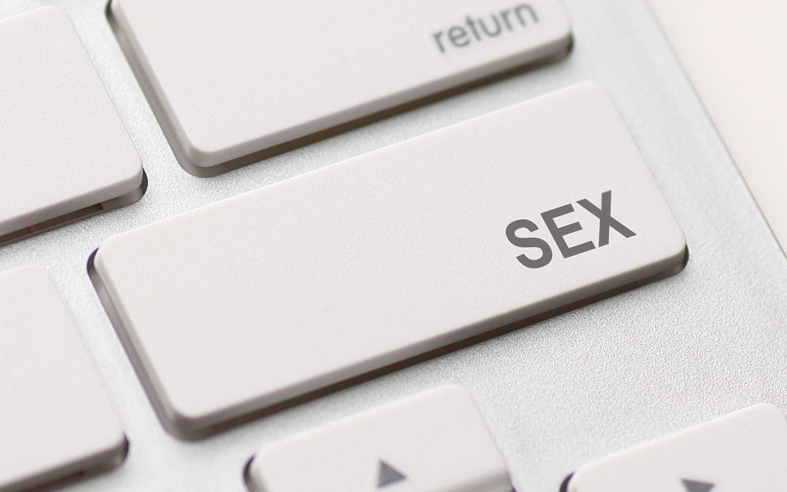 Même si Google n'affiche pas de publicités sur les sites pornos, ses trackers sont là pour surveiller l'activité des internautes © Redpixel, Fotolia