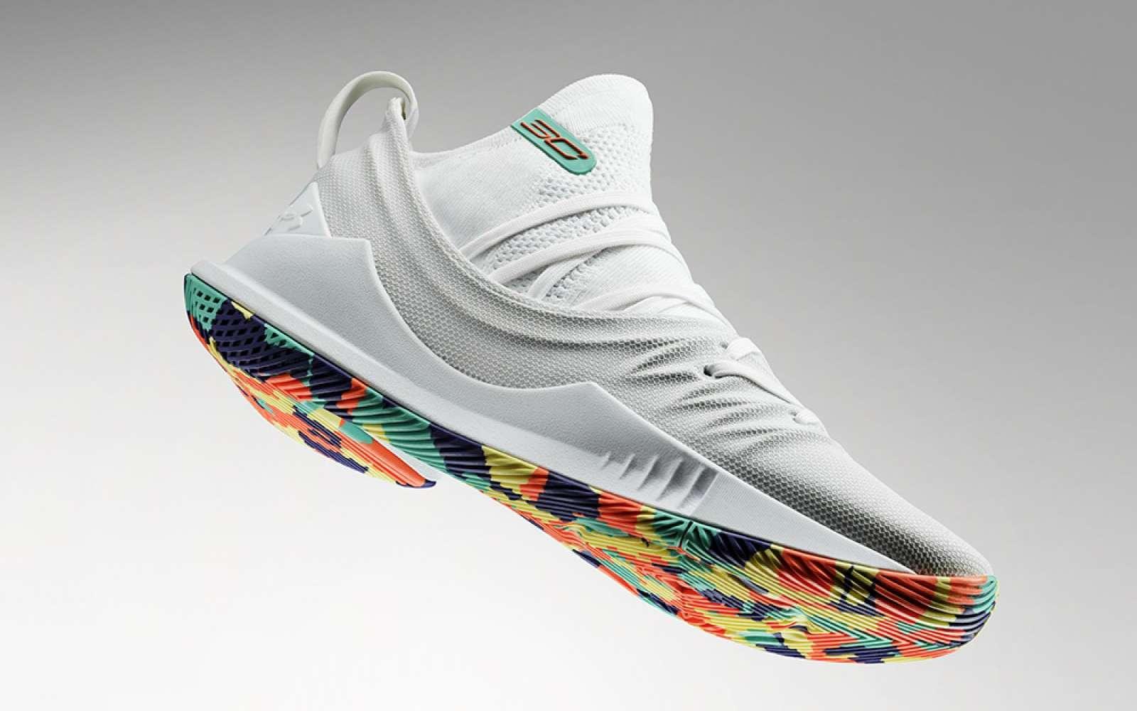 Concurrente de Nike et Adidas, la marque Under Armour travaille sur une chaussure intelligente pour améliorer la récupération après une séance intense. © Under Armour