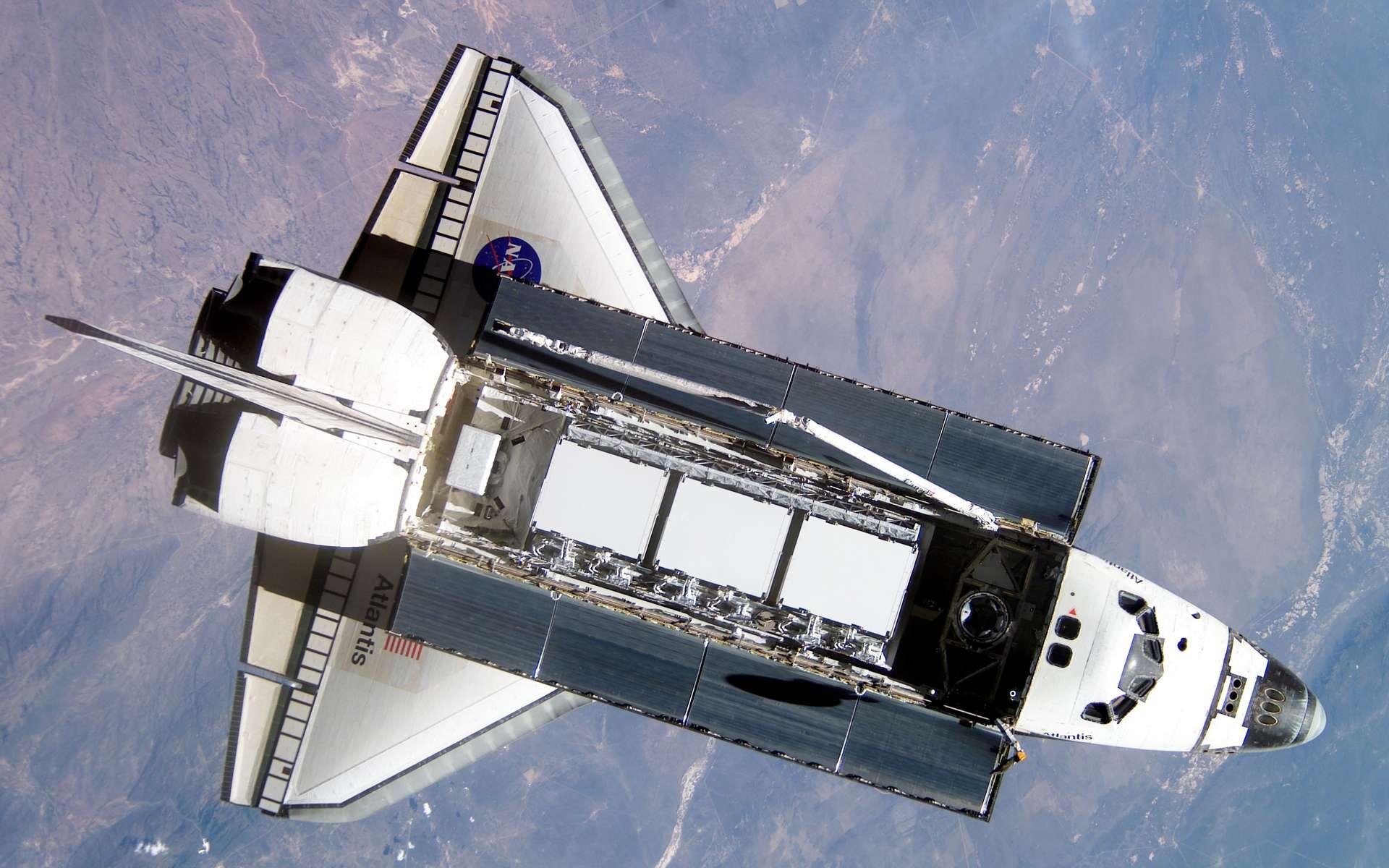 Les souris présentées dans cette étude avaient passé 13 jours dans l'espace, en 2011, à bord de la navette spatiale Atlantis, ici en photo en orbite autour de la Terre. © Nasa