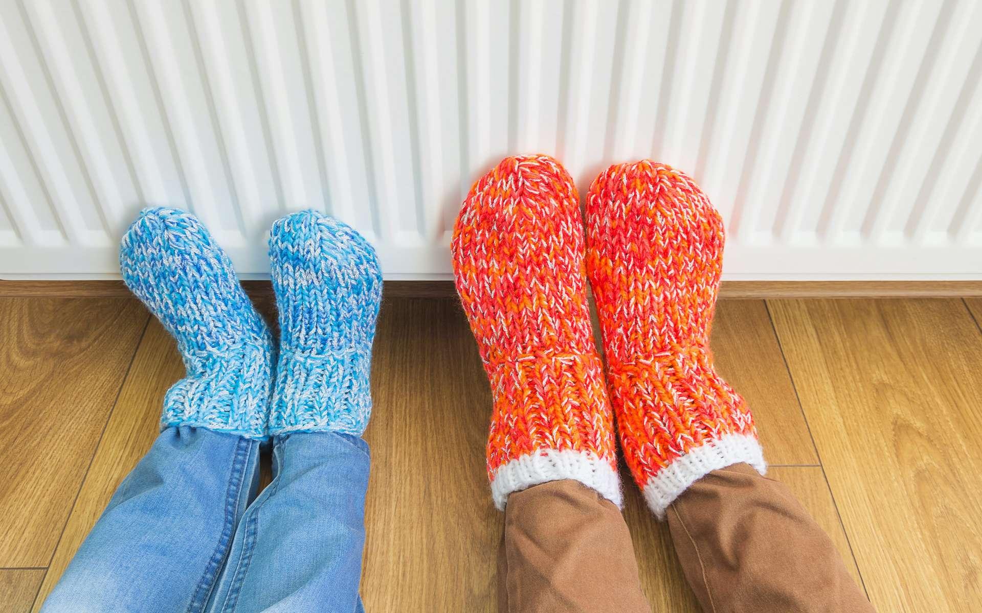 Pieds froids : les causes et les astuces anti pieds froids. © Evgen, Adobe Stock