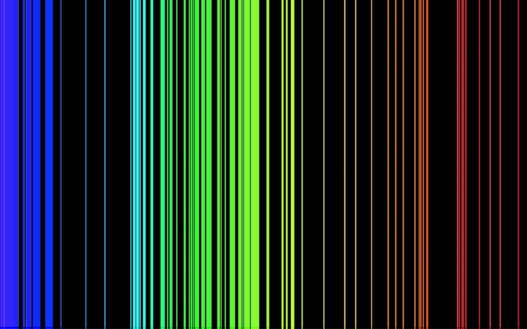 Le spectre d'émission du fer est constitué de nombreuses raies. © nilda, Wikipedia, DP