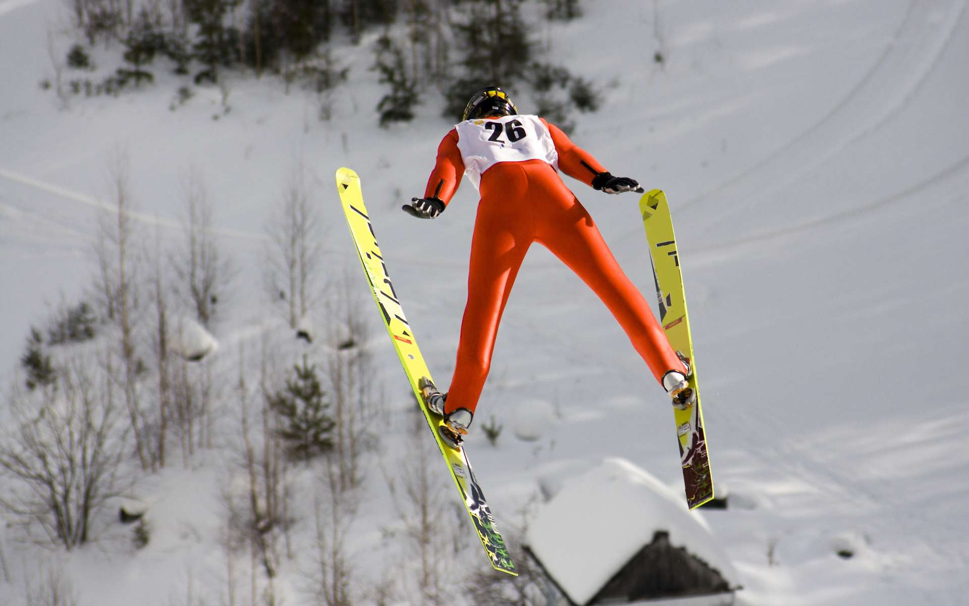 Contrairement à la grande majorité des sportifs, les sauteurs à ski doivent paradoxalement veiller à ne pas être trop légers. © victor zastol'skiy, fotolia