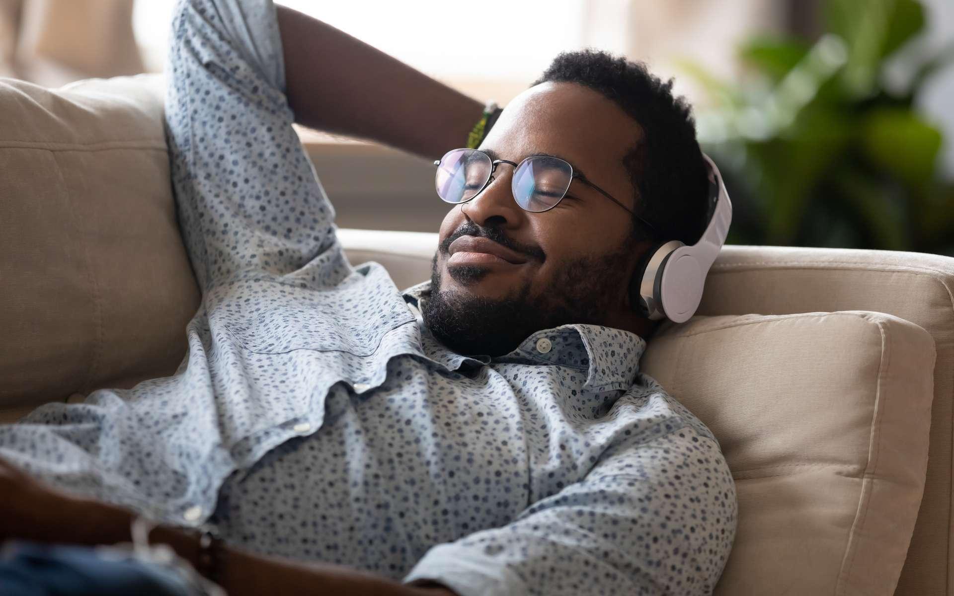 Déjà cinq podcasts Futura à écouter cet été ! © Konstantin Savusia, Adobe Stock