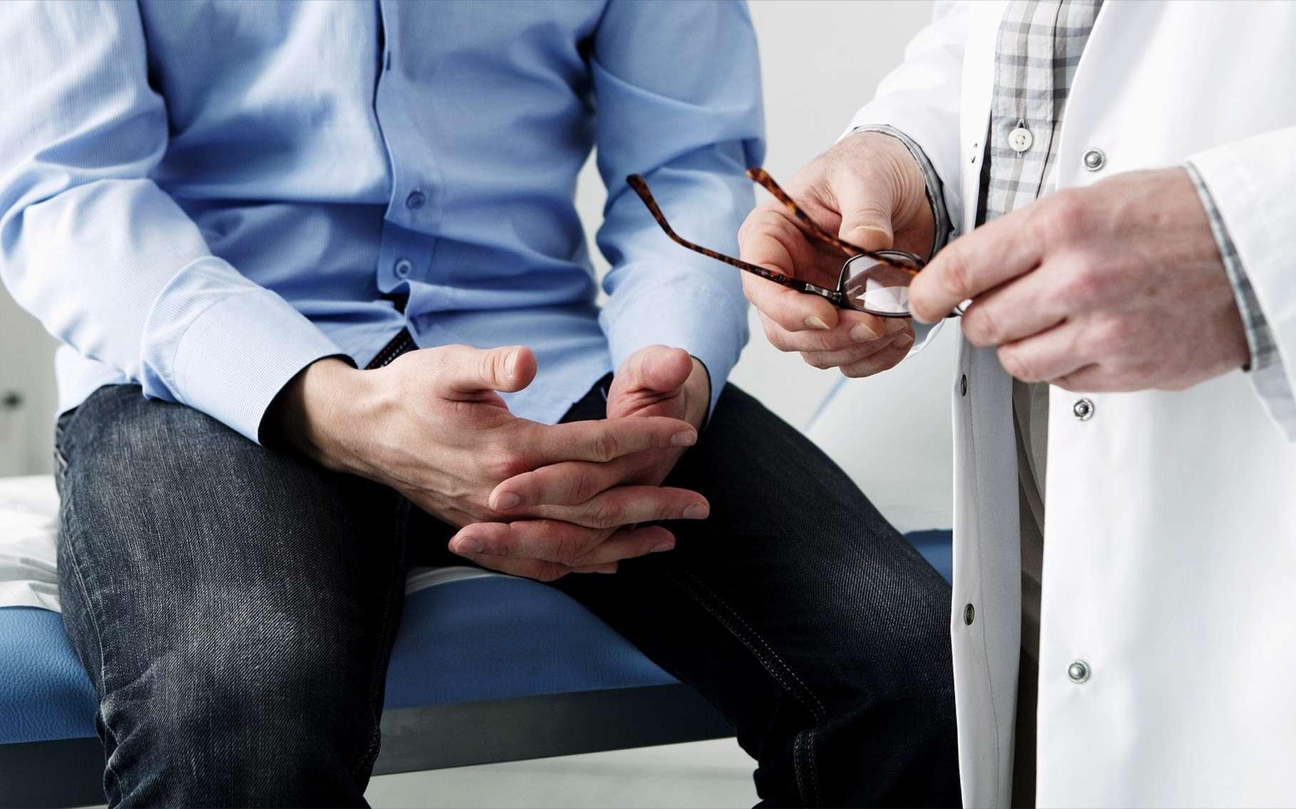 Les médecins généralistes font aussi face à une demande des patients souhaitant être dépistés. © Image Point Fr, Shutterstock