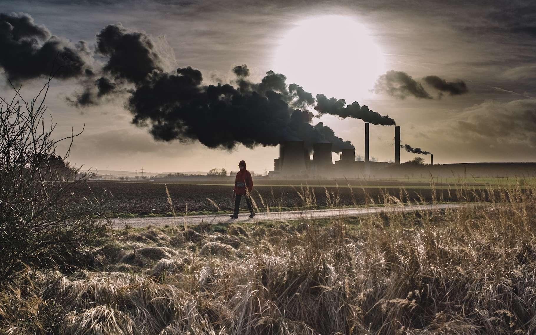 Le risque industriel correspond au danger que l'exploitation d'une installation représente pour son personnel, la population voisine ou l'environnement. © Thomas Hafeneth, Unsplash