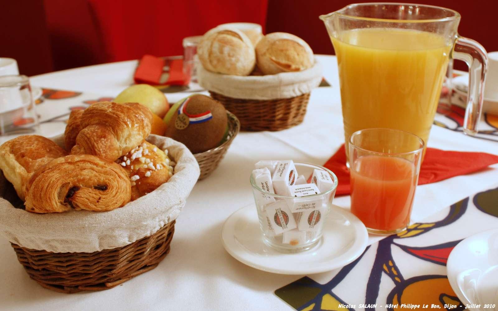 Le petit déjeuner est nécessaire pour donner des forces pour bien commencer la journée. © Nicolas SAL 1, Flickr, cc by nc nd 2.0