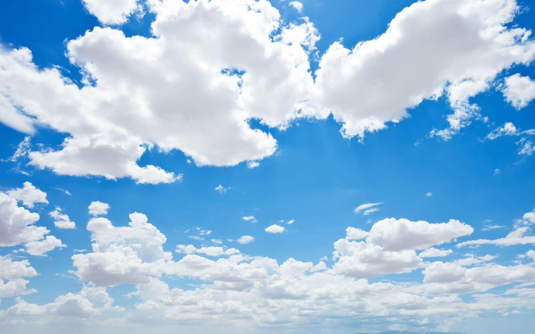 L'air que l'on respire est-il dangereux pour nos poumons ? L'étude montre qu'en altitude, où l'oxygène se raréfie, les cas de cancers du poumon sont moins fréquents que dans des zones plus basses. © mbolina, Fotolia