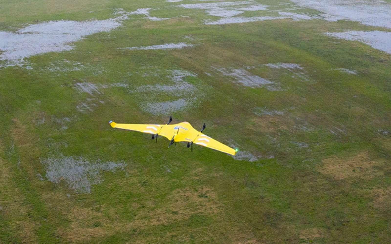 Le drone Avy peut livrer jusqu'à 1,5 kilogramme de matériel médical dans les zones difficiles d'accès et éloignées. © PostNL