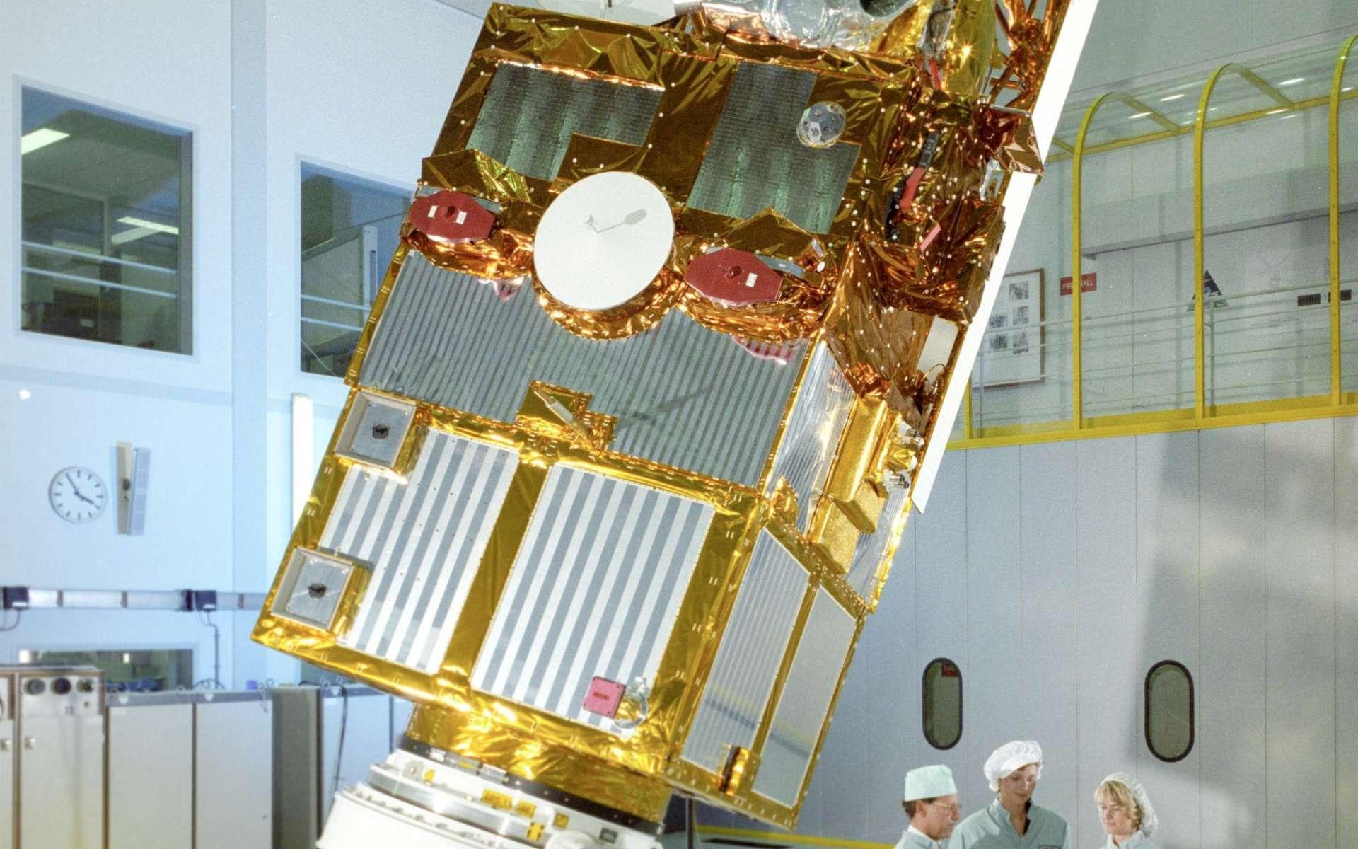 Tout a une fin. Après seize années de bons services, le satellite environnemental de l'Esa ERS-2 arrive en fin de vie. Pour éviter qu'il devienne un objet incontrôlable, l'Esa a décidé de le désorbiter pendant qu'il est encore temps ! © Esa