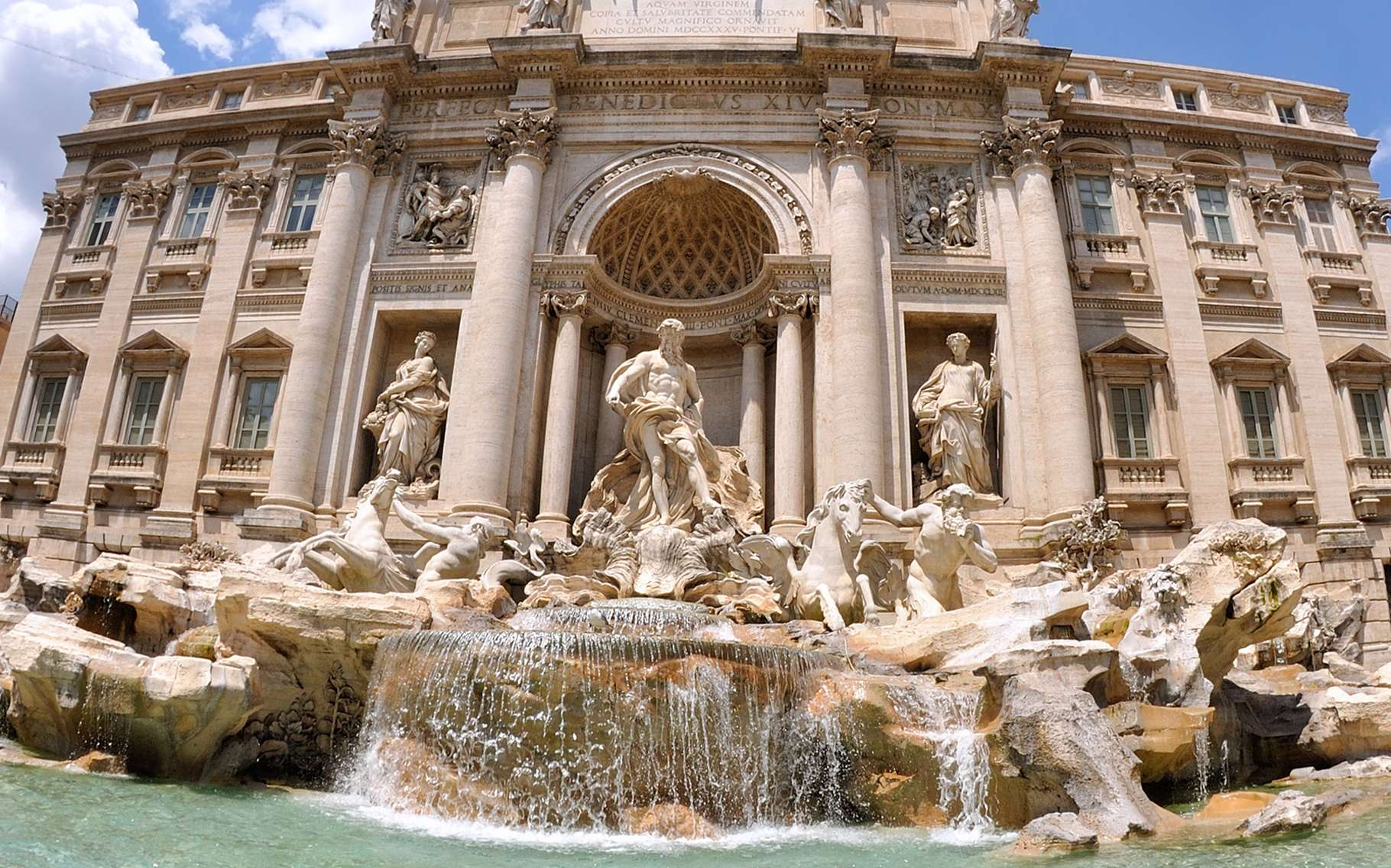 On ne visite pas l'Italie. On y voyage dans les paysages et dans l'histoire, dans le présent et dans la culture. La fontaine de Trevi est la plus célèbre de celles qui coulent à Rome. Mais il y en a bien d'autres à découvrir. © DR
