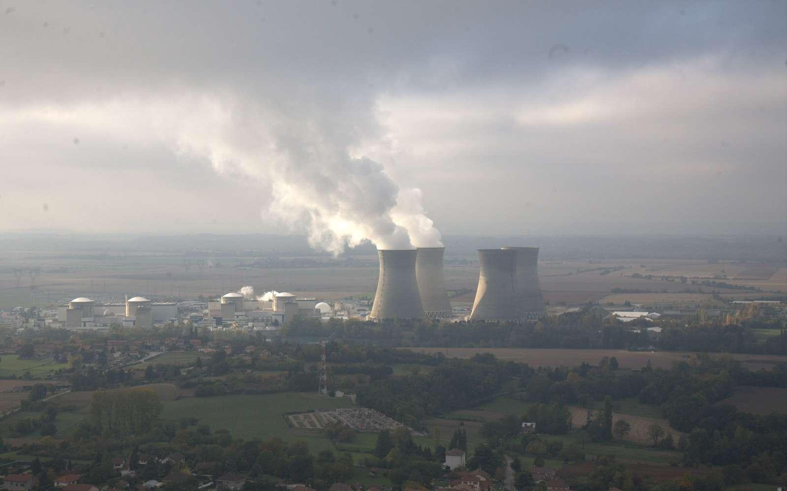 Il existe quatre générations de centrales nucléaires. © Gold Auraque, Flickr