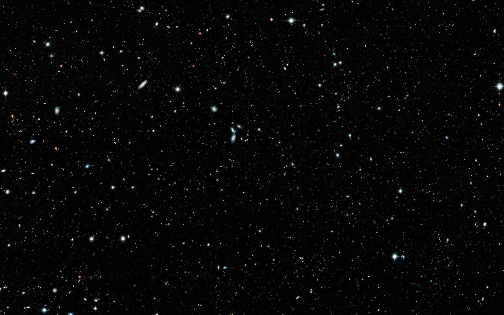Toutes les vues profondes de l'univers dans une région du ciel capturées par Hubble ont été assemblées dans une seule image. © Nasa, ESA, G. Illingworth and D. Magee (University of California, Santa Cruz), K. Whitaker (University of Connecticut), R. Bouwens (Leiden University), P. Oesch (University of Geneva), and the Hubble Legacy Field team