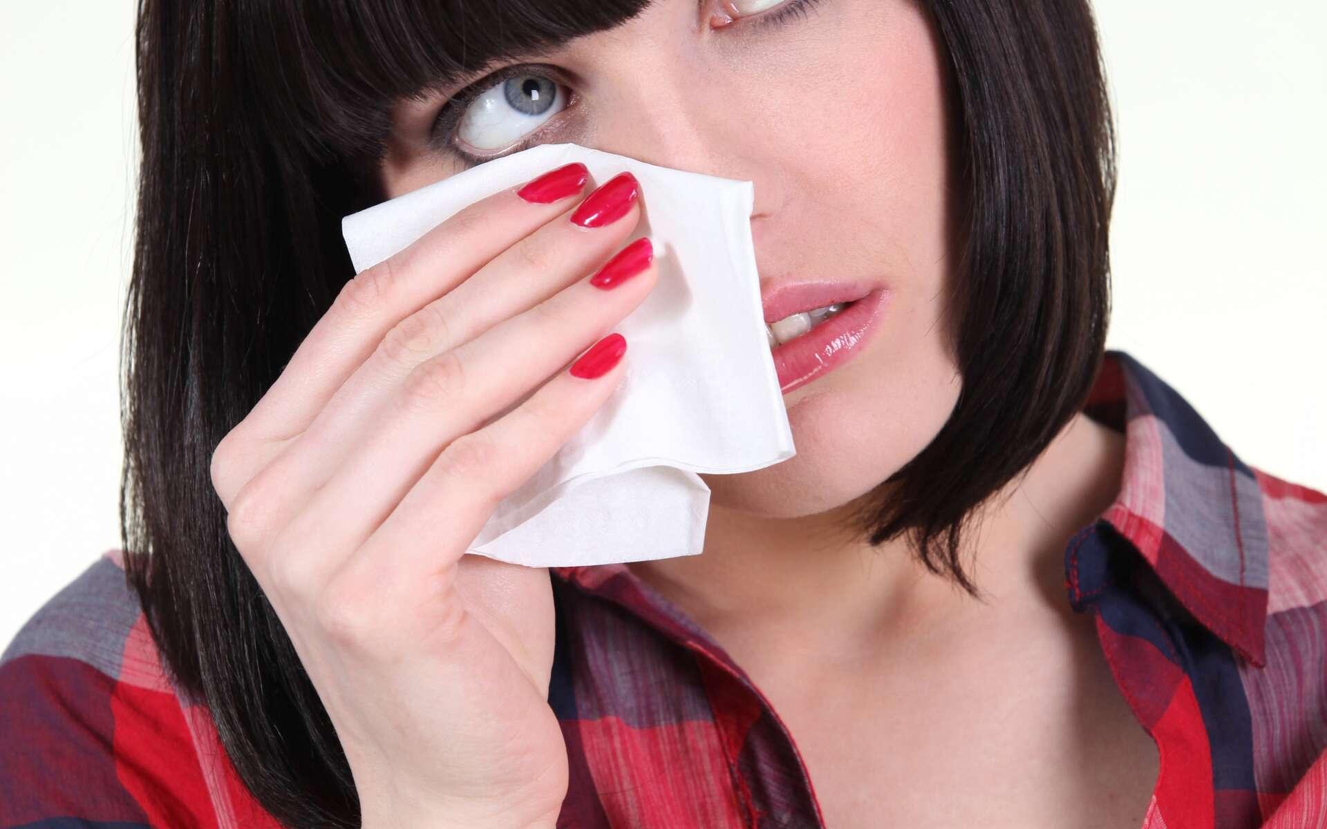 Les larmes renferment des substances protectrices pour les yeux, dont le lysosyme. © Phovoir