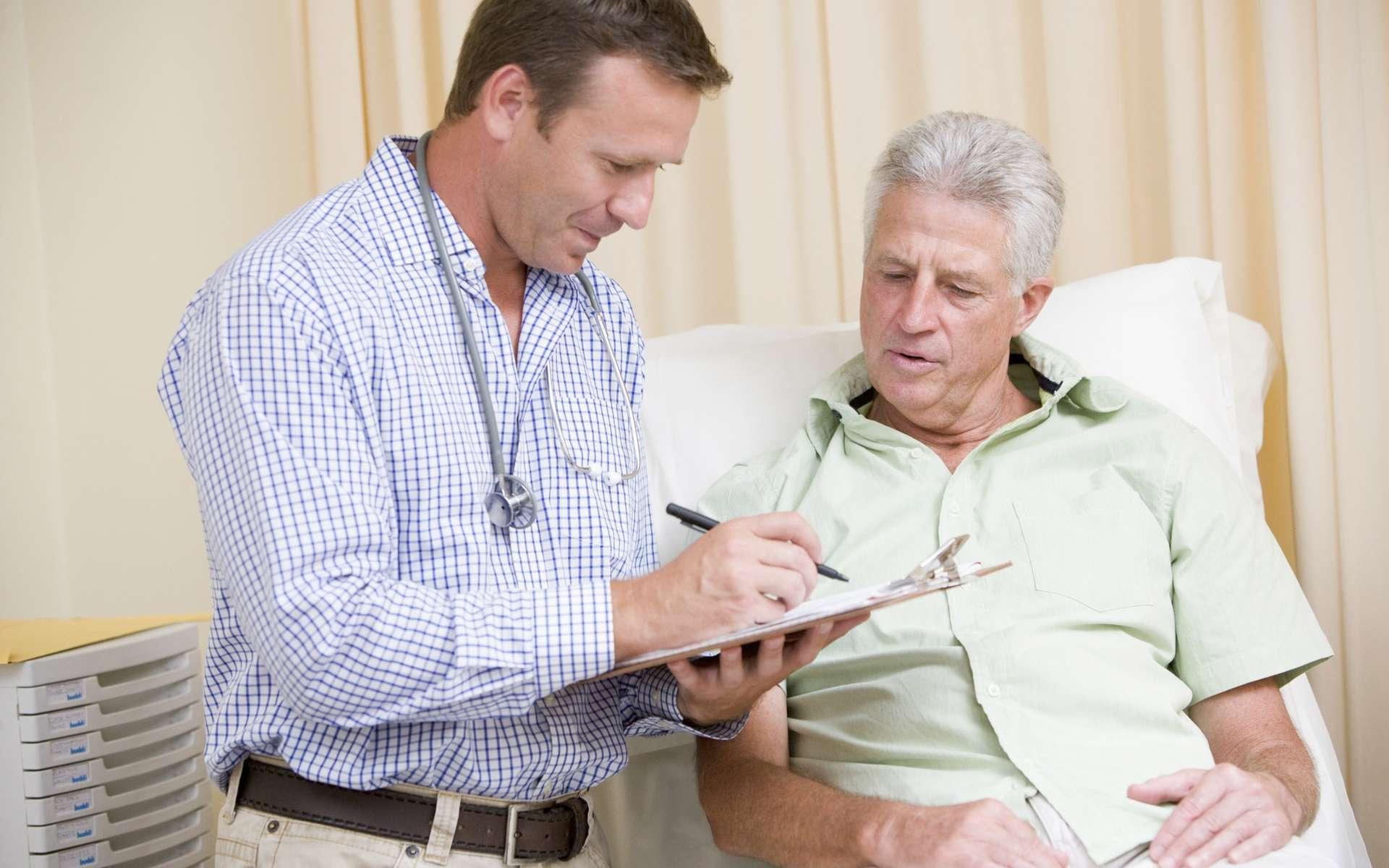 Les statines sont un traitement de référence contre l'hypercholestérolémie. © Phovoir
