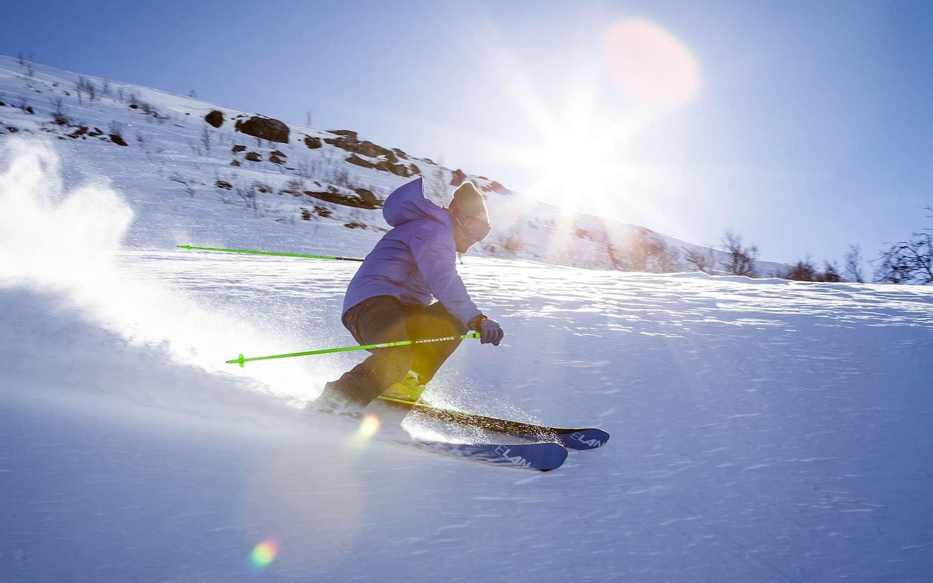 Avant de se lancer sur les pistes enneigées, mieux vaut se préparer. © StockSnap, Pixabay, CC0 Creative Commons