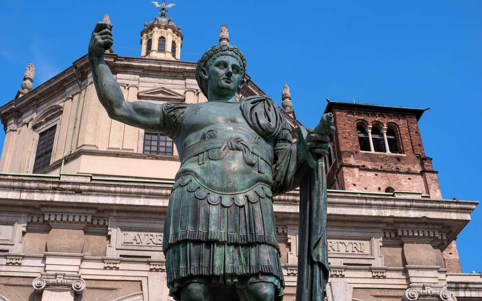 Monument de l'empereur Constantin Ier à Milan. © Joktober64, fotolia