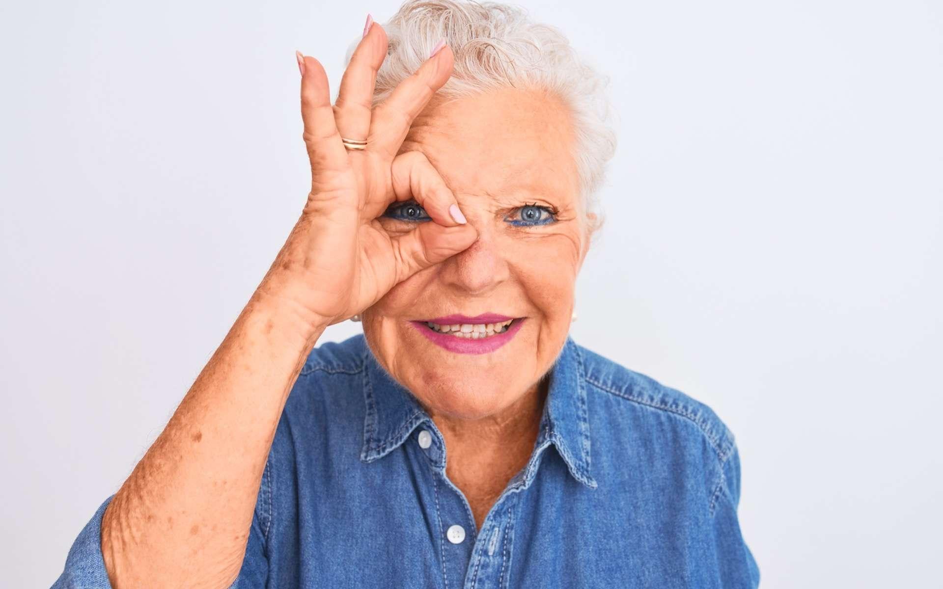 La myodésopsie, une sensation de plus en plus marquée avec l'âge... © Krakenimages.com, Adobe Stock
