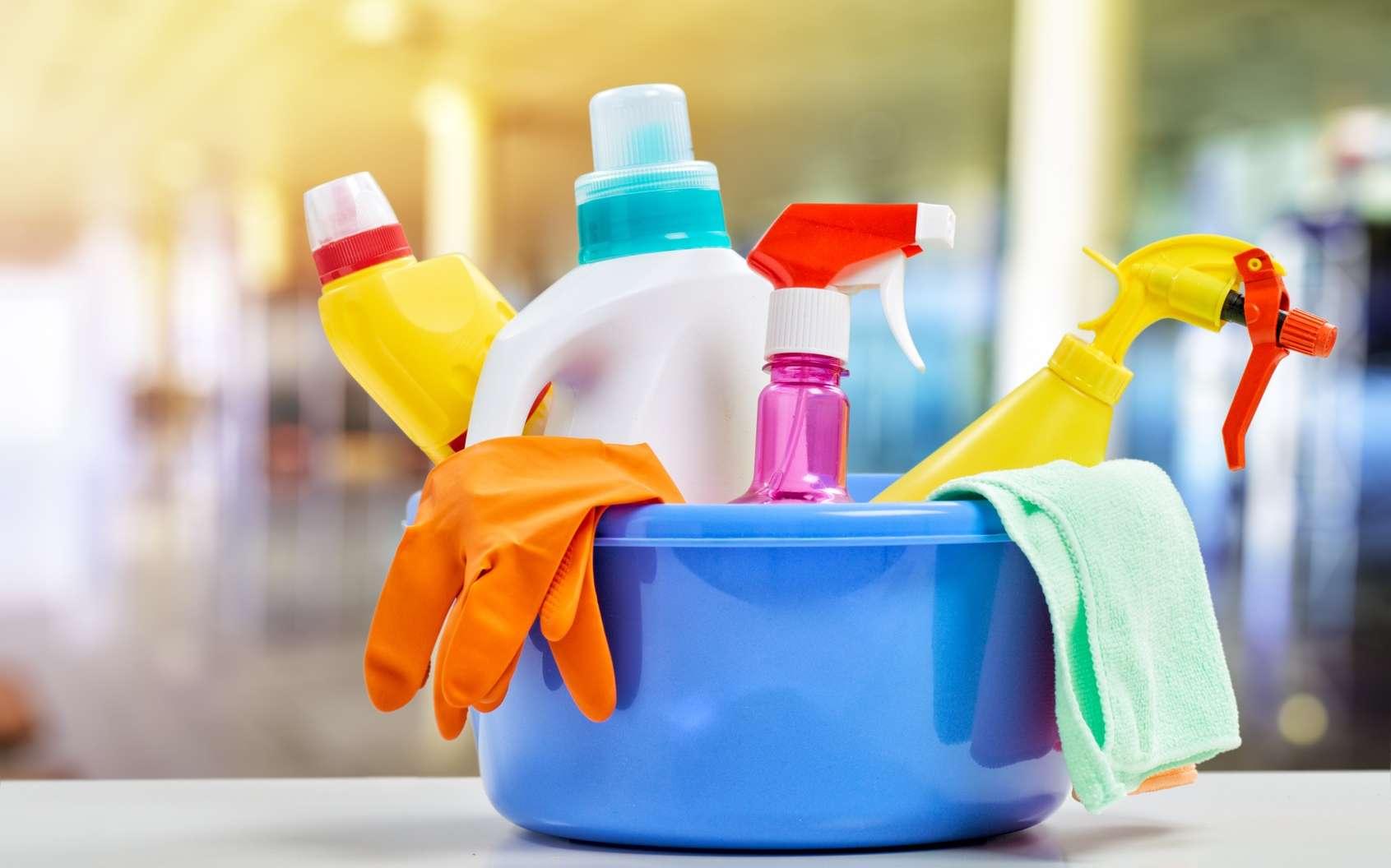 Attention aux molécules toxiques présentes dans les produits d'entretien de la maison ! © Konstantin Yuganov, Fotolia