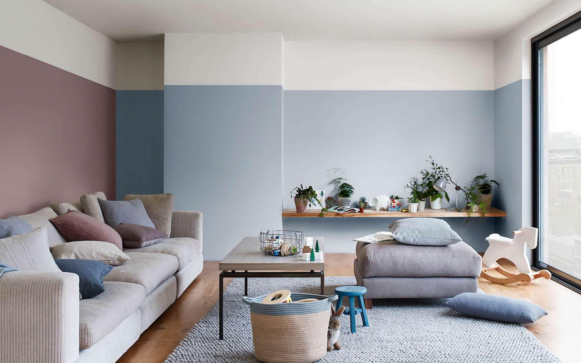 Pour se sentir bien dans son salon, il existe en peinture murale toute une gamme de teintes et de finitions. © Tollens