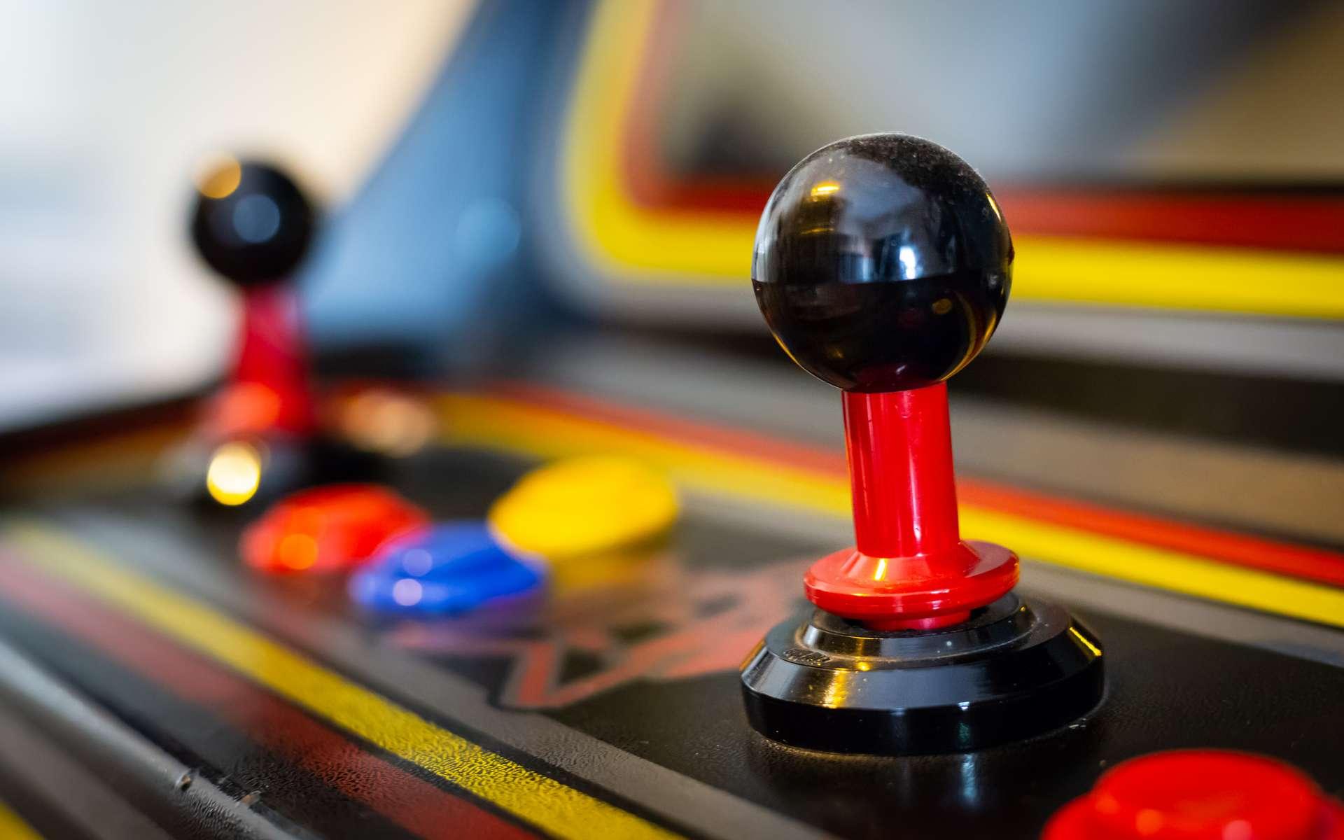 Le joystick est inspiré des commandes d'aéronautique. © Giuseppe Cammino, Adobe Stock