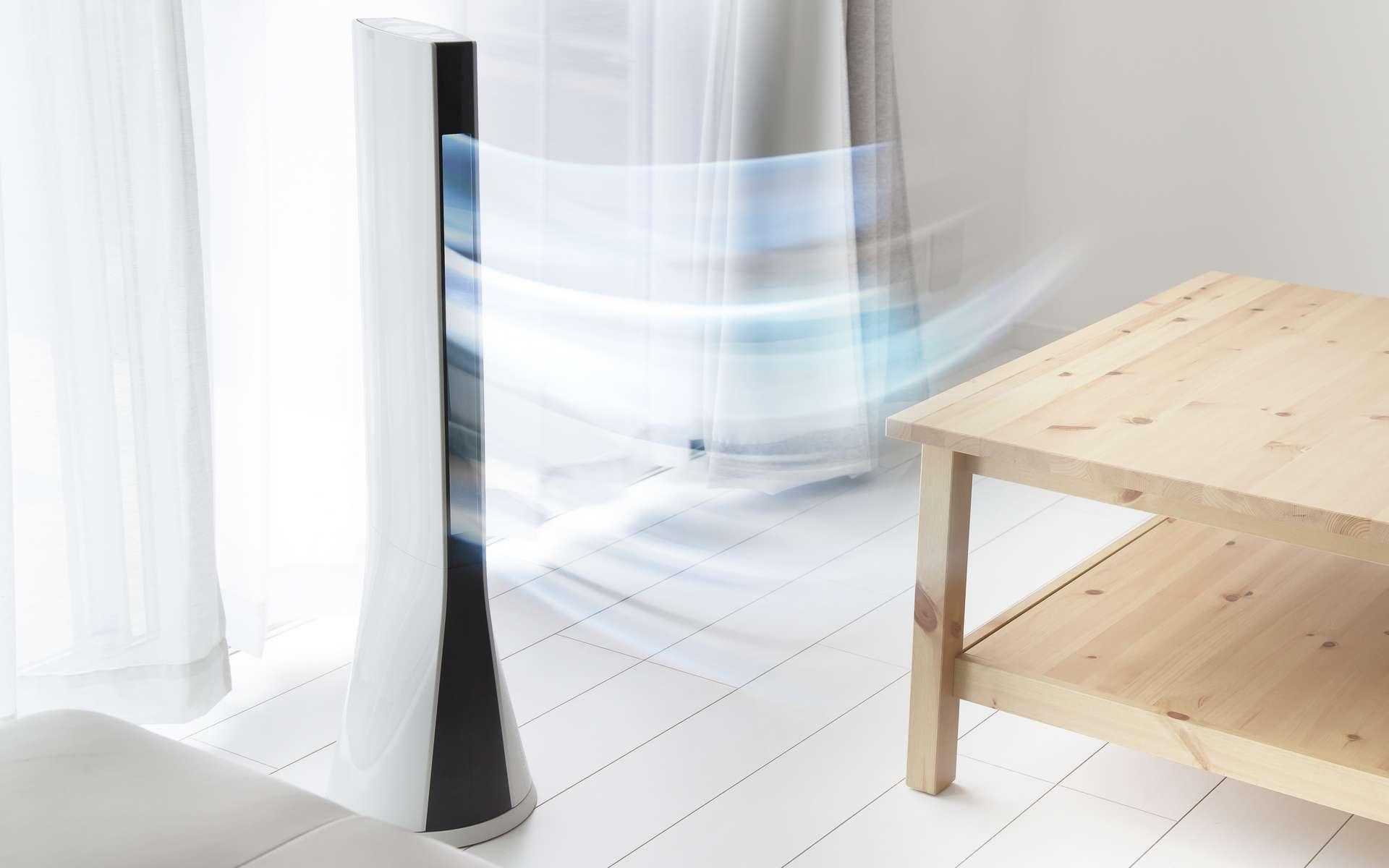 Le ventilateur colonne offre une ventilation plus ample. © y_seki, Adobe Stock