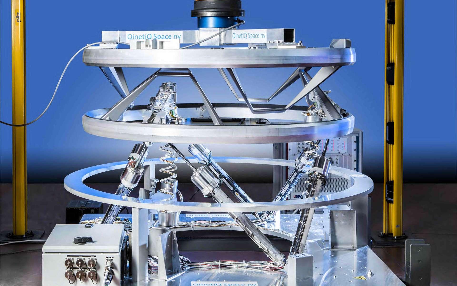 L'IBDM est un système d'accostage et d'amarrage de véhicules spatiaux. Son principal attrait (outre ses standards universels) : il permet de s'accrocher à l'ISS quelles que soient la masse et la vitesse du véhicule. Il est développé par QinetiQ Space nv pour le compte de l'Agence spatiale européenne (Esa). © QinetiQ Space nv