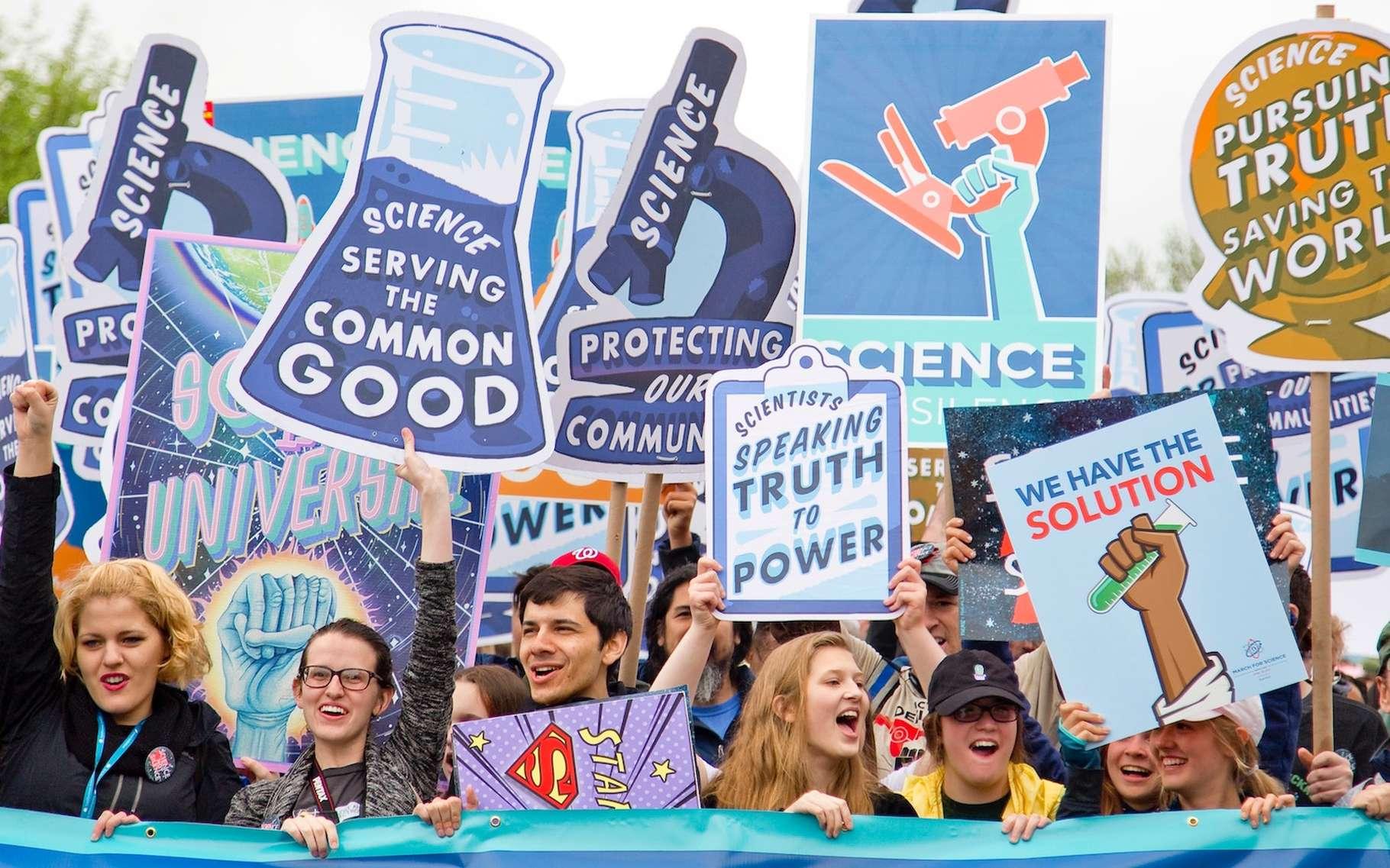 Vaccins, réchauffement climatique, etc. Face à la science, les gens semblent de plus en plus sceptiques et le dernier prix Nobel d'économie s'en inquiète. © Vlad Tchompalov, Unsplash