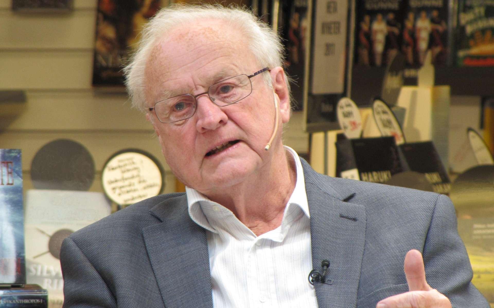 Arvid Carlsson, le premier Homme à avoir compris le rôle que jouait la dopamine dans la maladie de Parkinson. Le comité Nobel l'a récompensé en 2000 pour sa découverte. © Vogler, Wikimedia