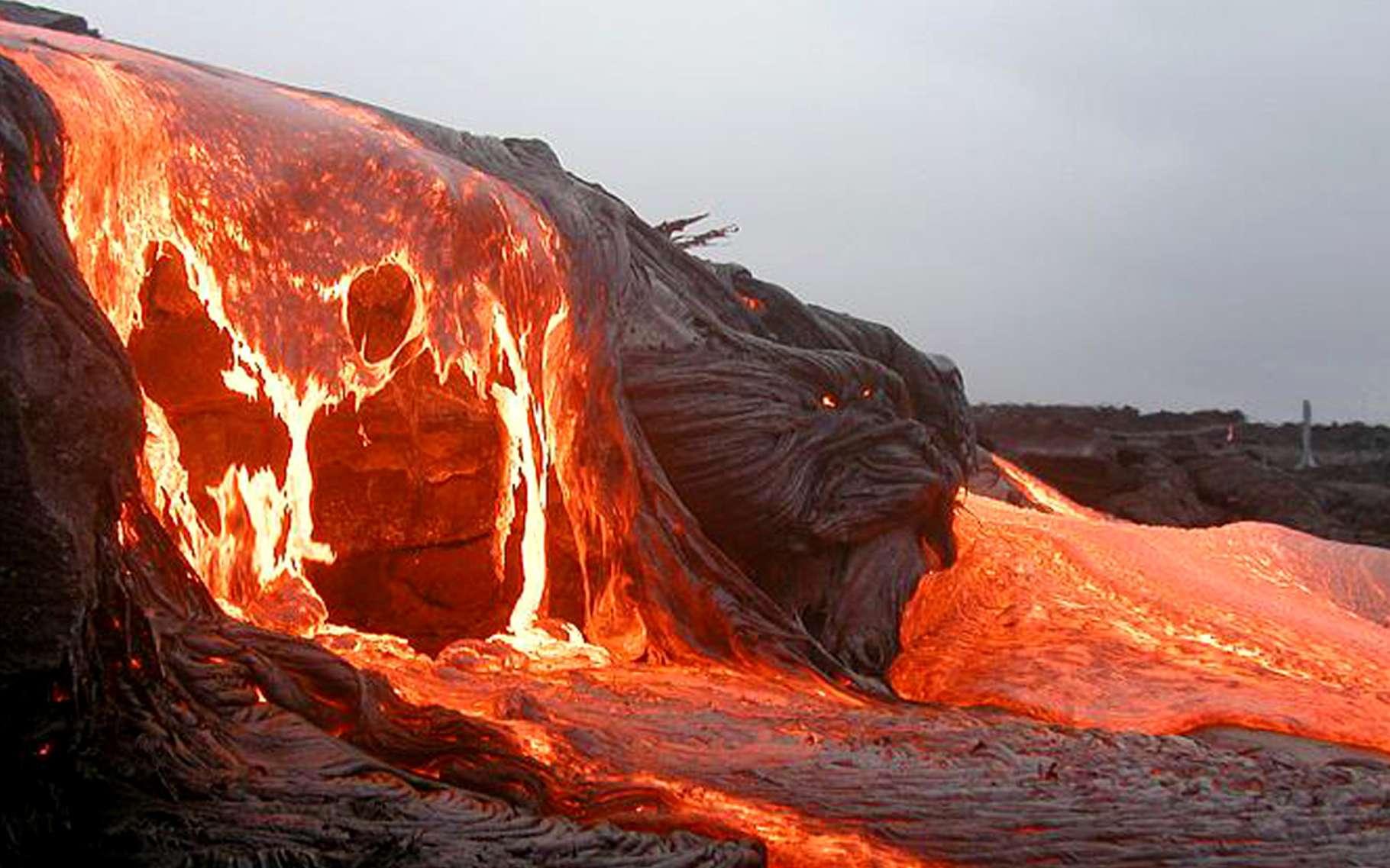 Volcans Et Eruptions Volcaniques Effusives Explosives Pliniennes Dossier