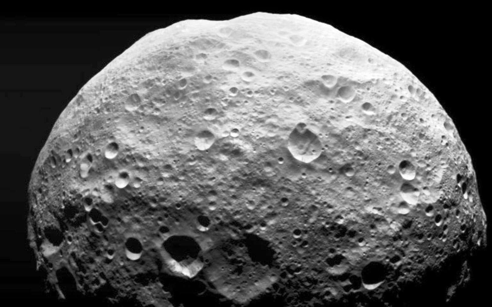 Cette image montre l'astéroïde géant Vesta. © Nasa