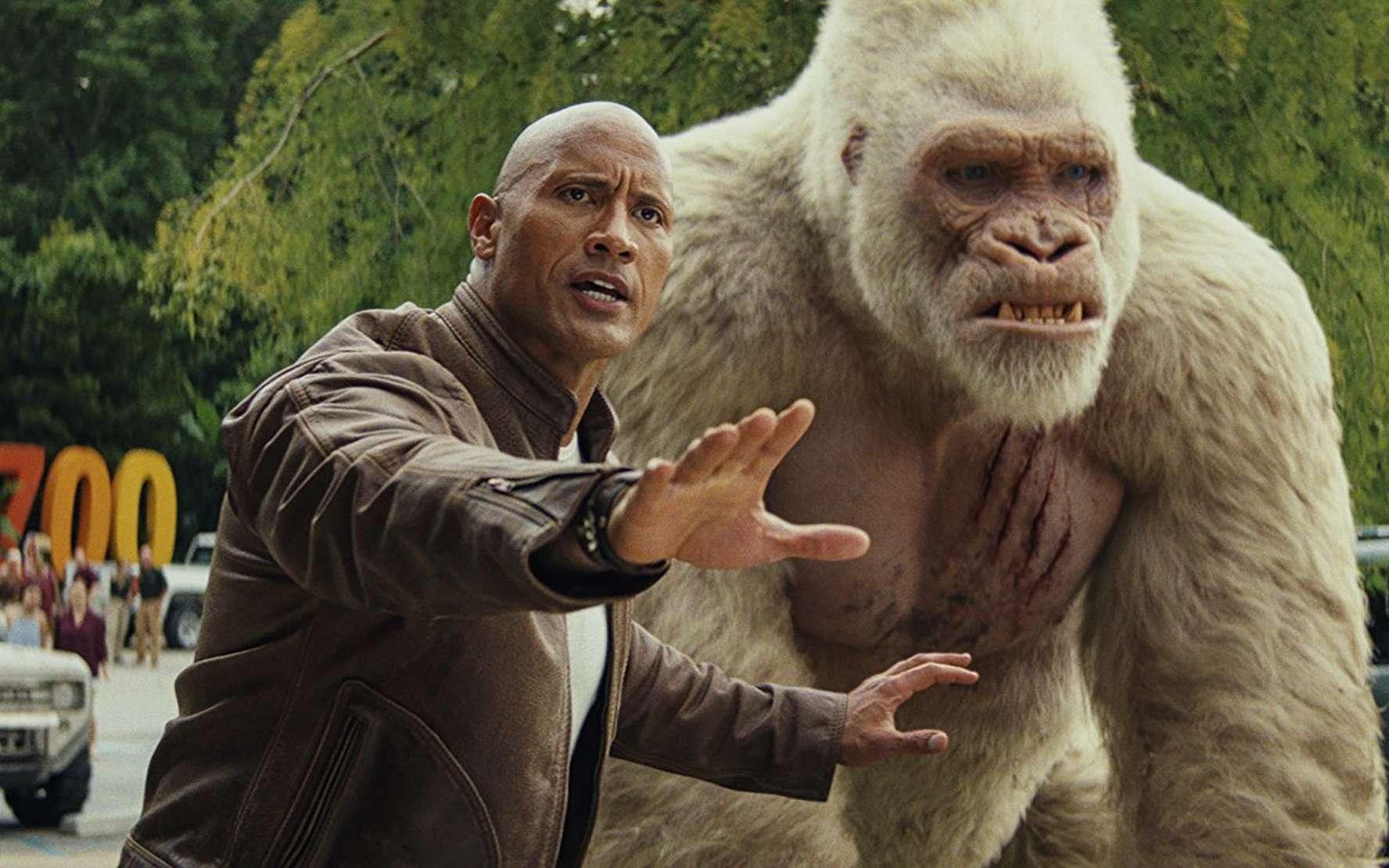 Dans Rampage : Hors de contrôle, la technologie CRISPR-Cas9 transforme un gorille, un loup et un crocodile en géants monstrueux. © Warner Bros. Entertainment Inc. and RatPac-Dune Entertainment LLC, 2018