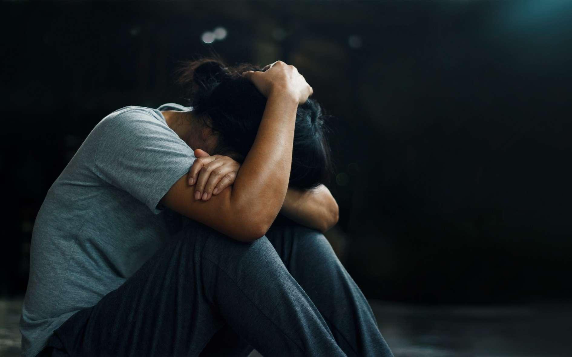 Certaines personnes confrontées à un événement grave développent des troubles du stress post-traumatique. © ipopba, Fotolia