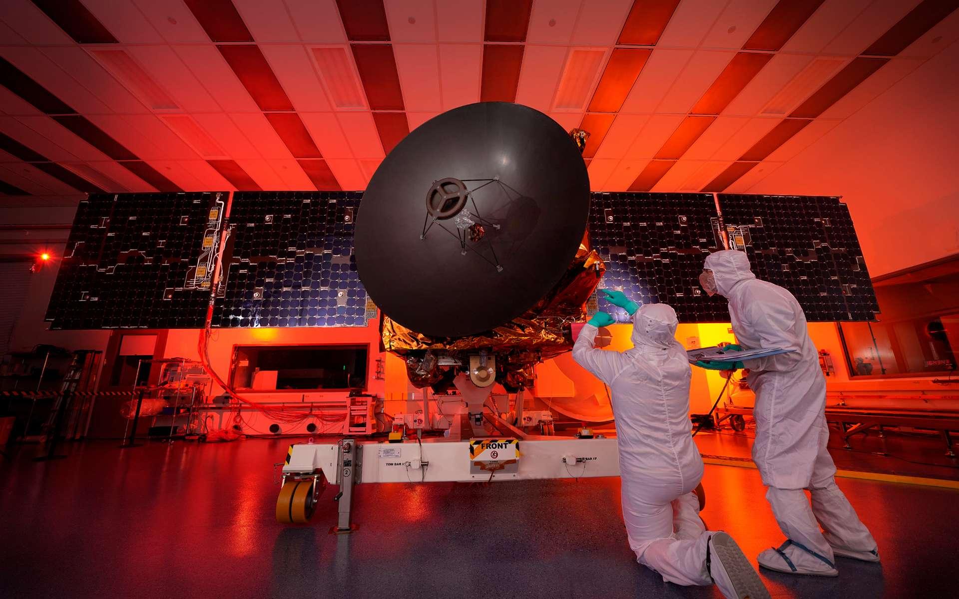 La sonde Hope étudiera la météorologie martienne comme jamais auparavant en étant capable d'observer Mars à différentes heures locales, ce qui n'est pas le cas aujourd'hui. © United Arab Emirates Space Agency